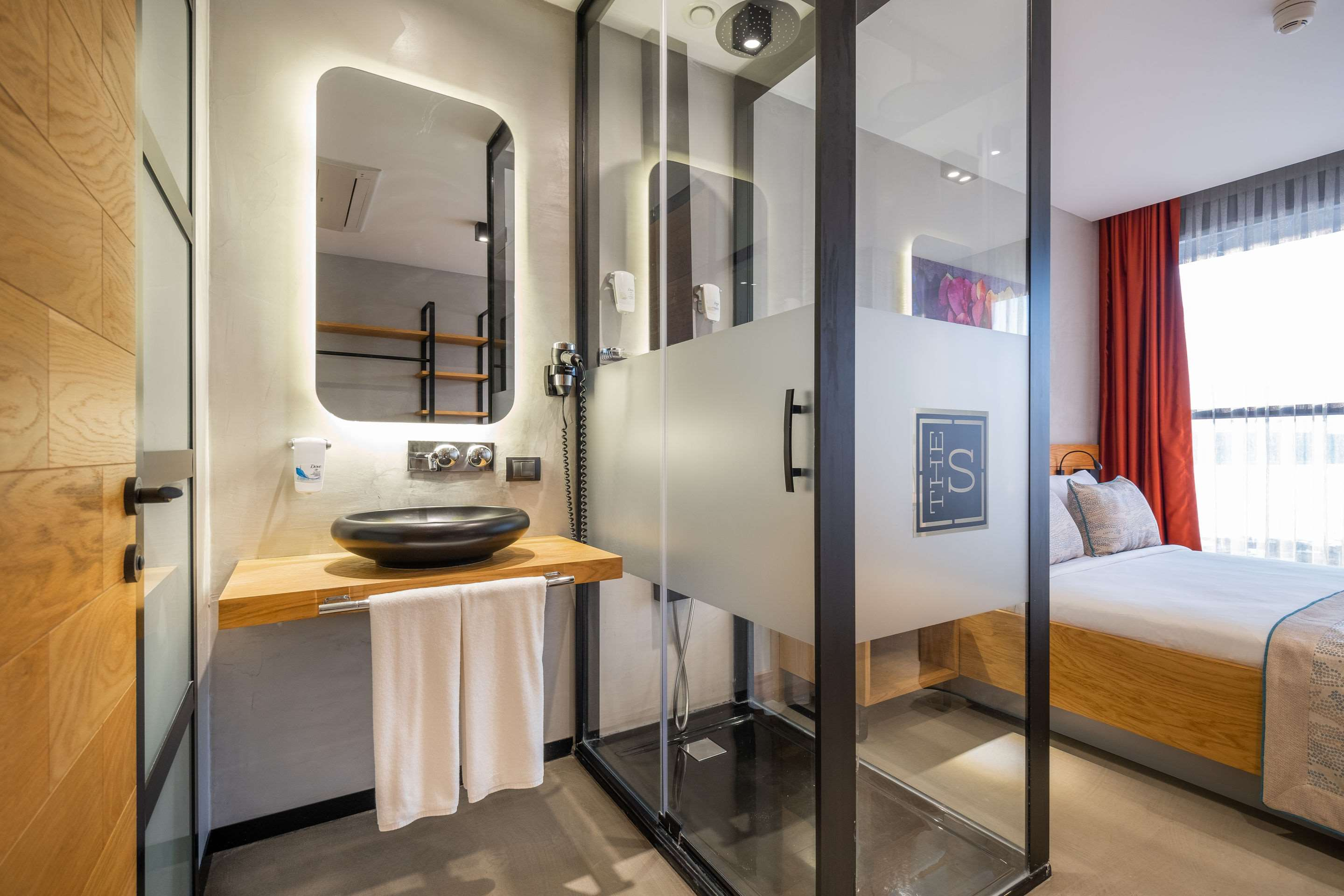 The S, Ascend Hotel Collection