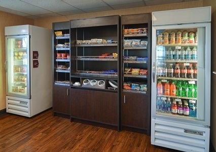 Comfort Suites Dfw Airport image 8