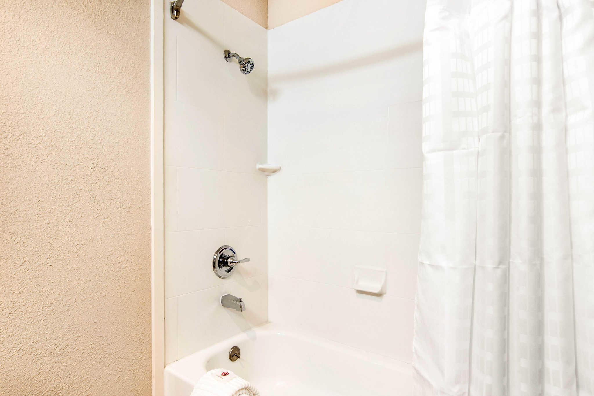 Comfort Inn & Suites Junction City - near Fort Riley image 11
