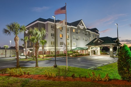 Country Inn & Suites by Radisson, St. Petersburg - Clearwater, FL image 1