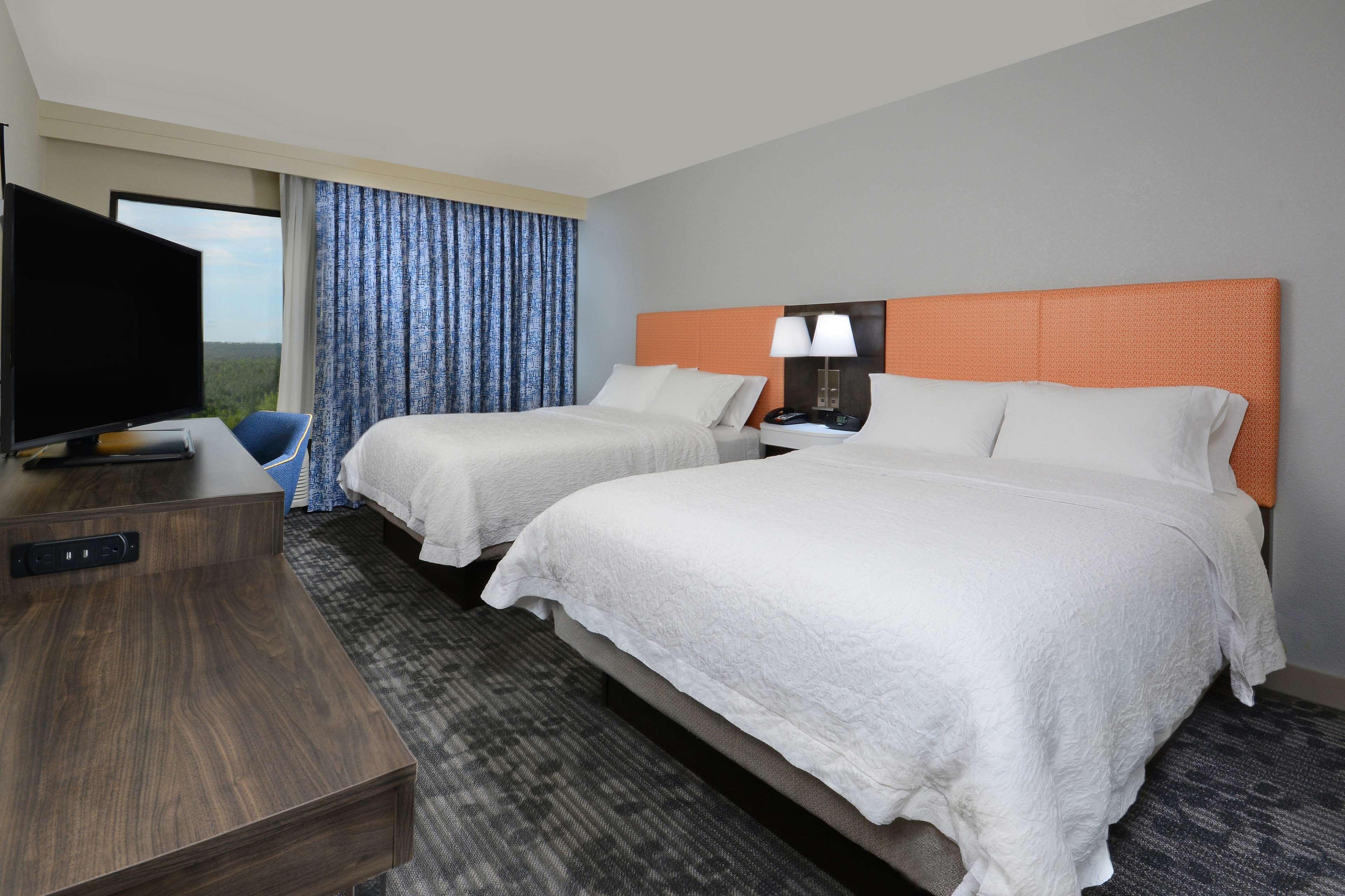 Hampton Inn & Suites Greenville/Spartanburg I-85 image 33