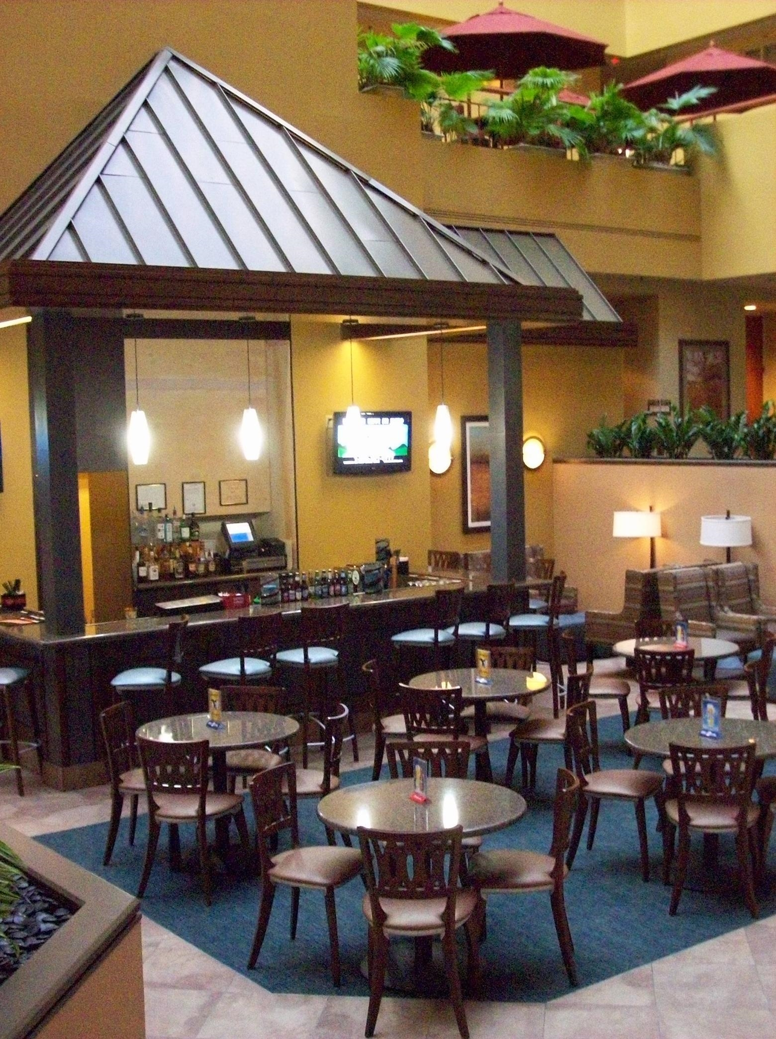 Embassy Suites by Hilton Baltimore at BWI Airport image 9