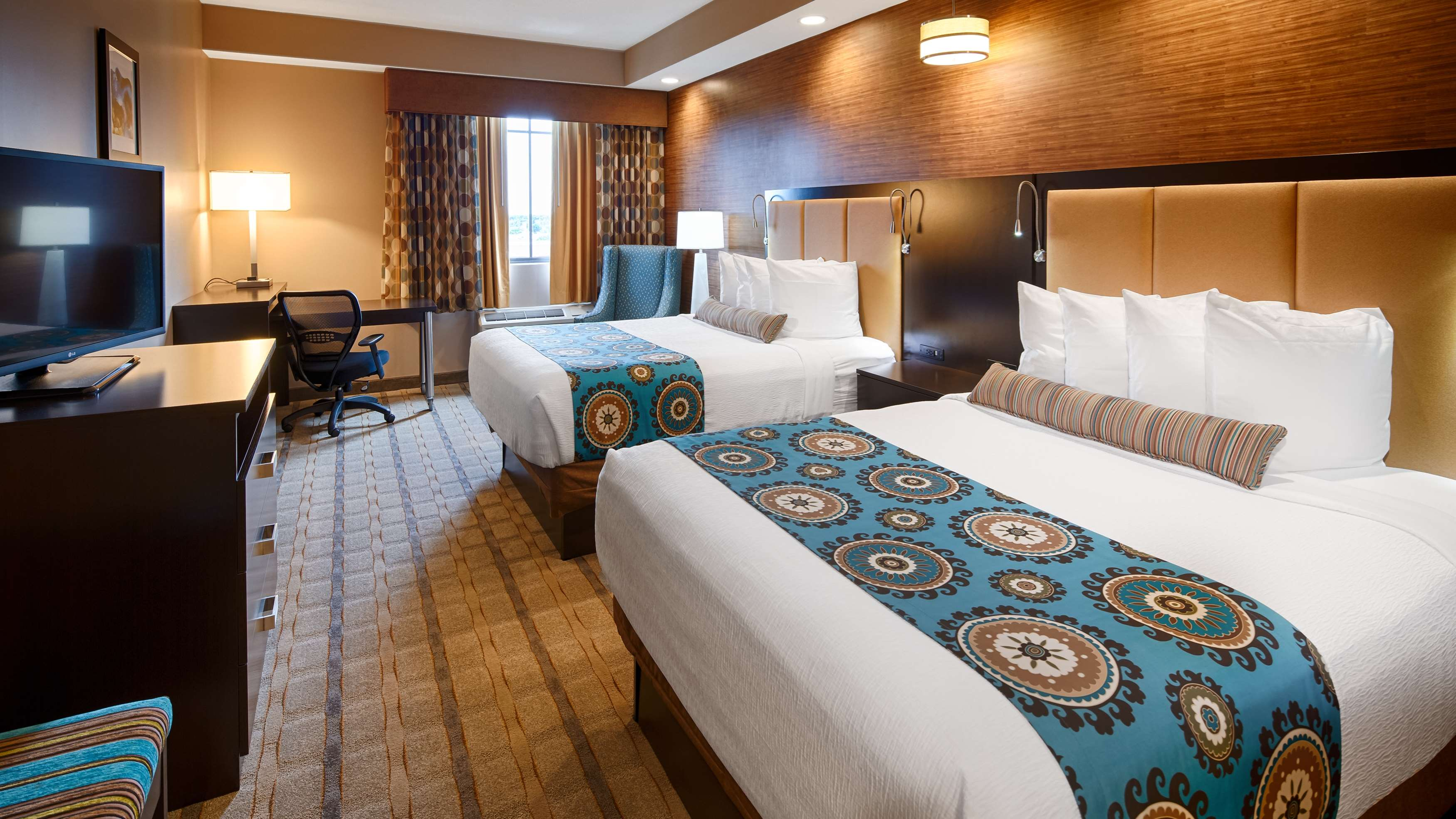 Best Western Plus Kendall Airport Hotel & Suites image 24