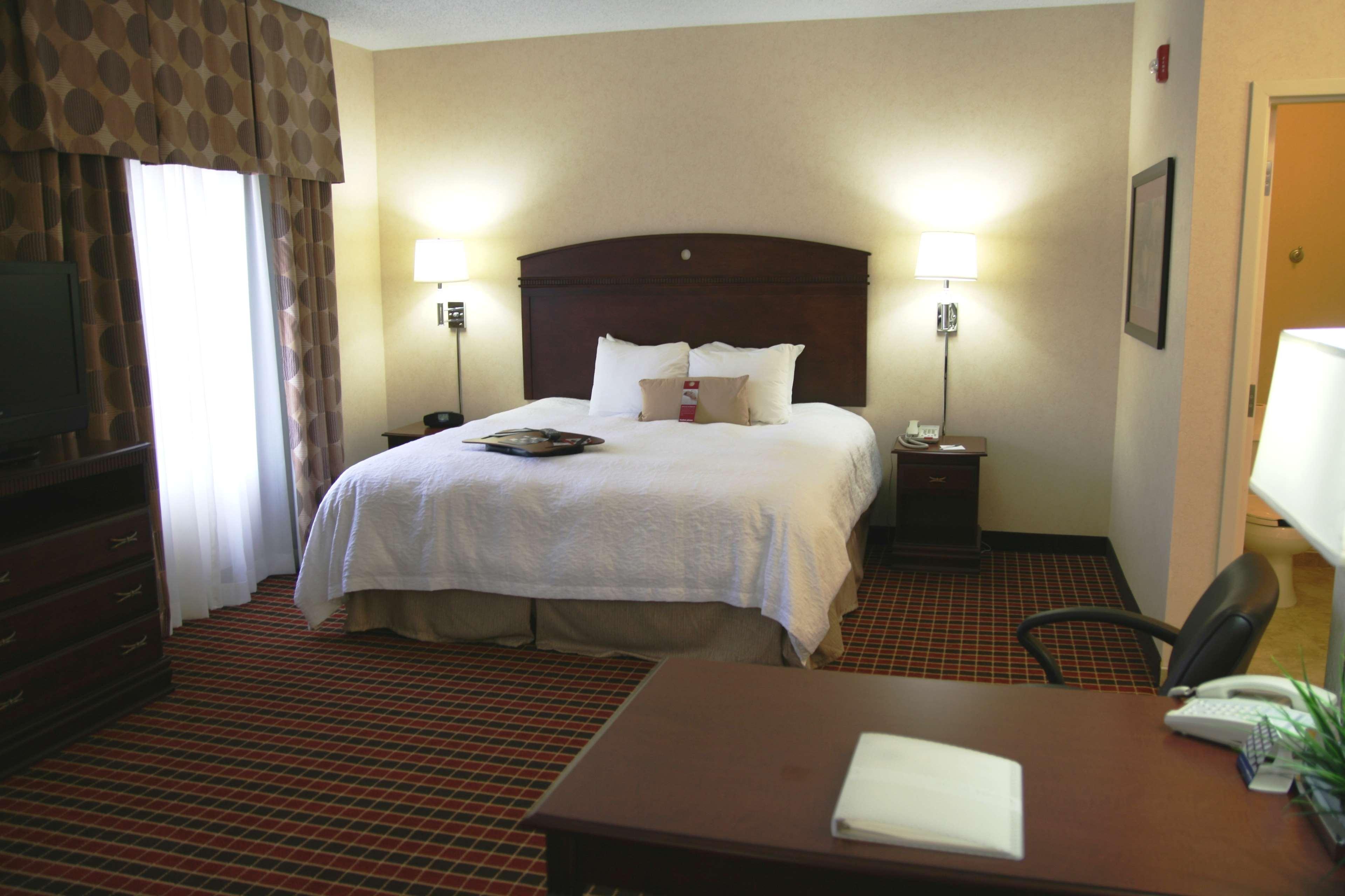 Hampton Inn & Suites Dayton-Airport image 34