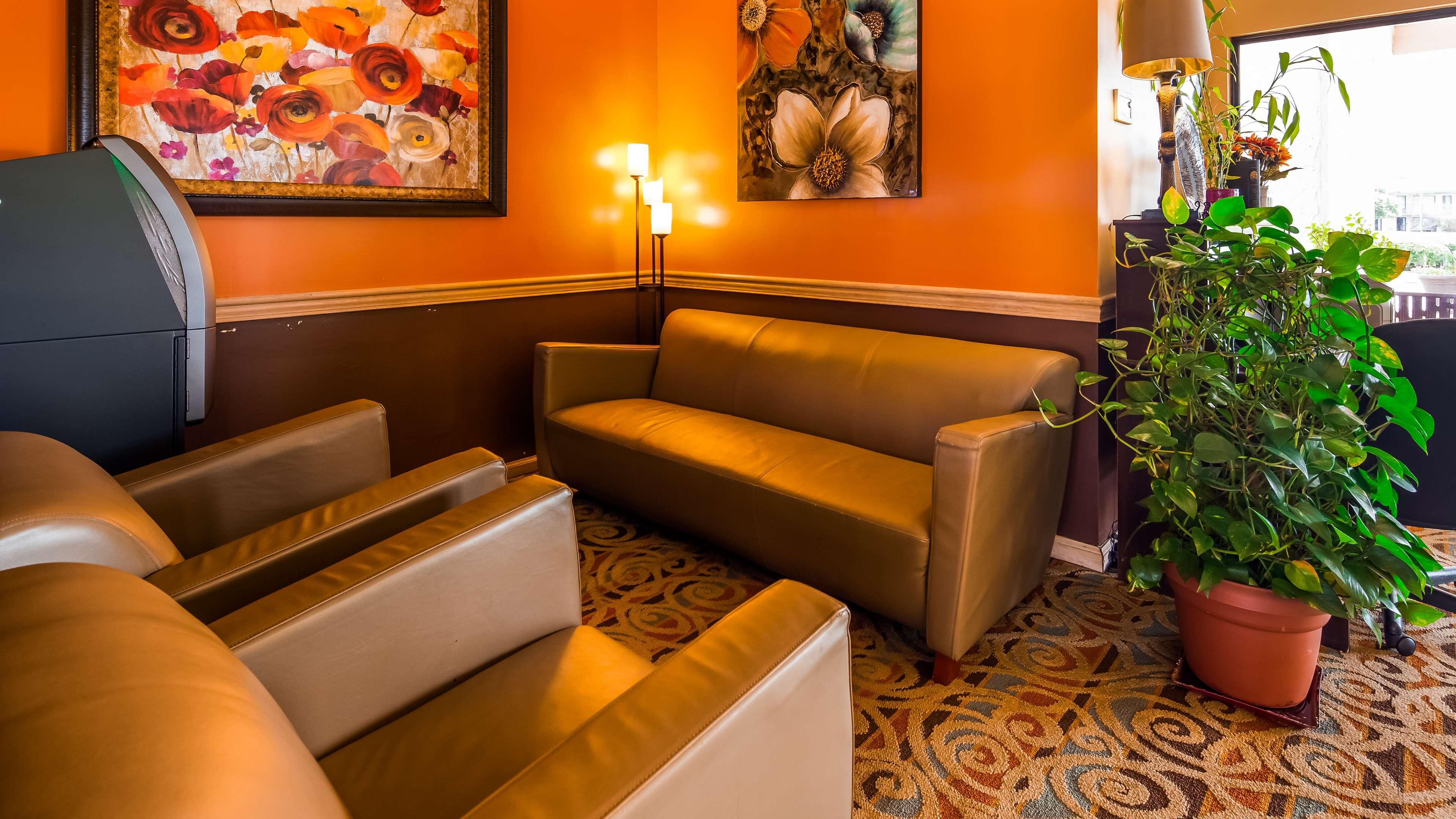SureStay Plus Hotel by Best Western Fayetteville image 5