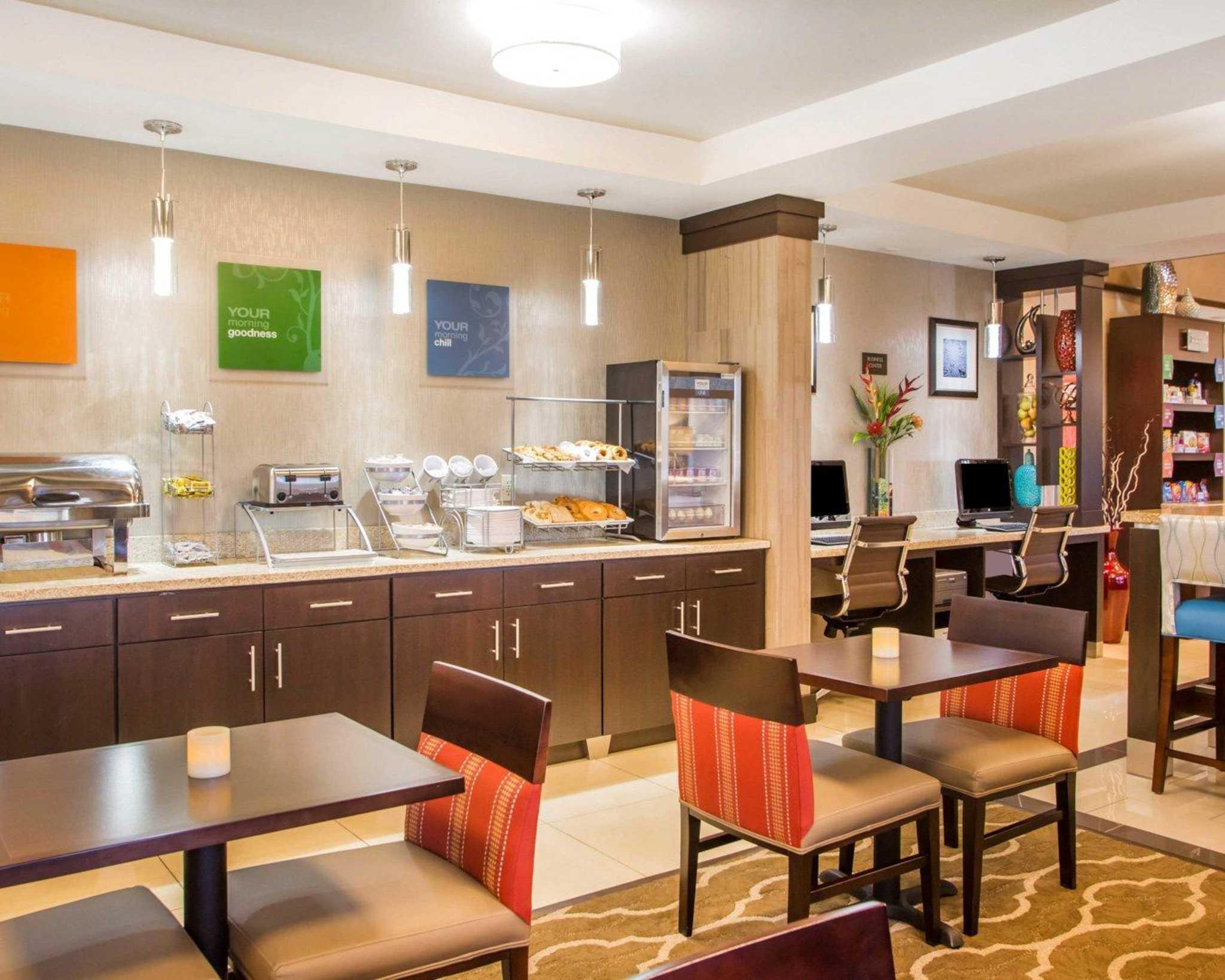Comfort Suites Columbus West- Hilliard image 11