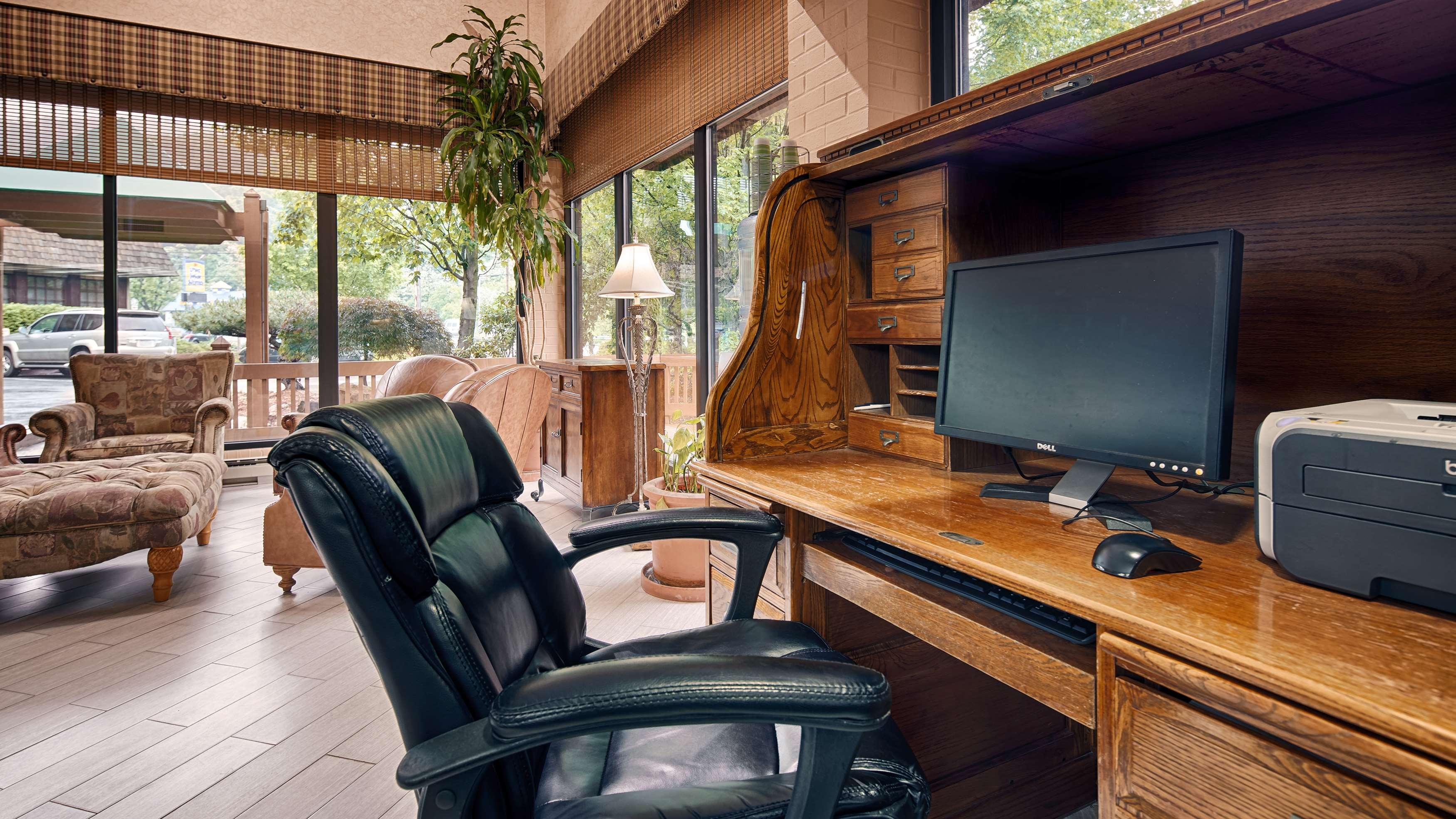 Best Western Braddock Inn image 10