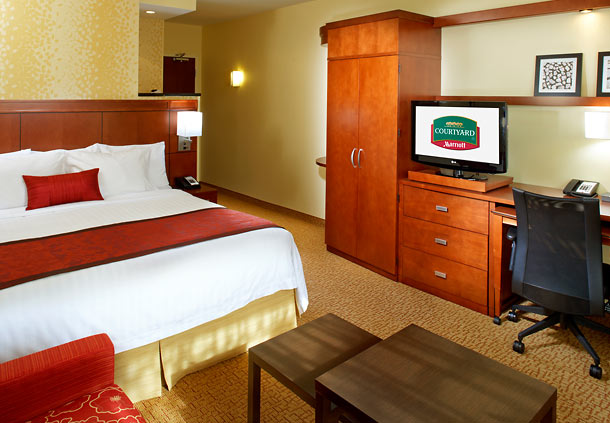 Courtyard by Marriott Pittsburgh Airport Settlers Ridge image 3
