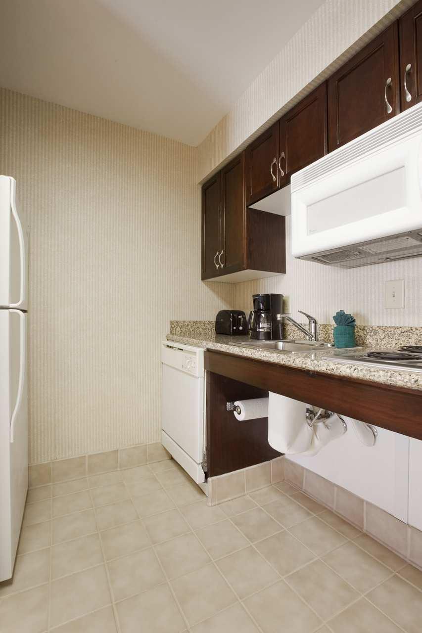 Homewood Suites by Hilton Charleston - Mt. Pleasant image 15