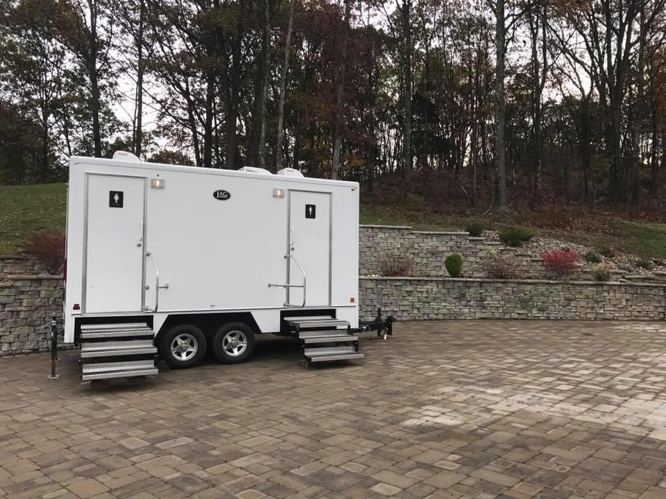 Portable Shower and Bathrooms Serving the Tri-State Area