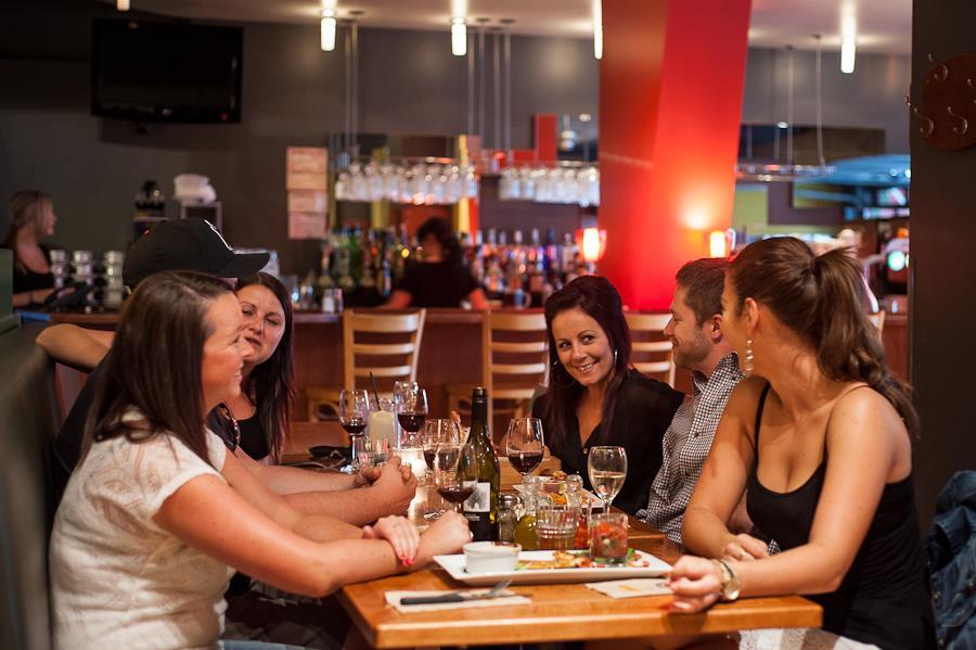 Best Western Plus Hotel Albert Rouyn-Noranda à Rouyn-Noranda: Pizzedelic