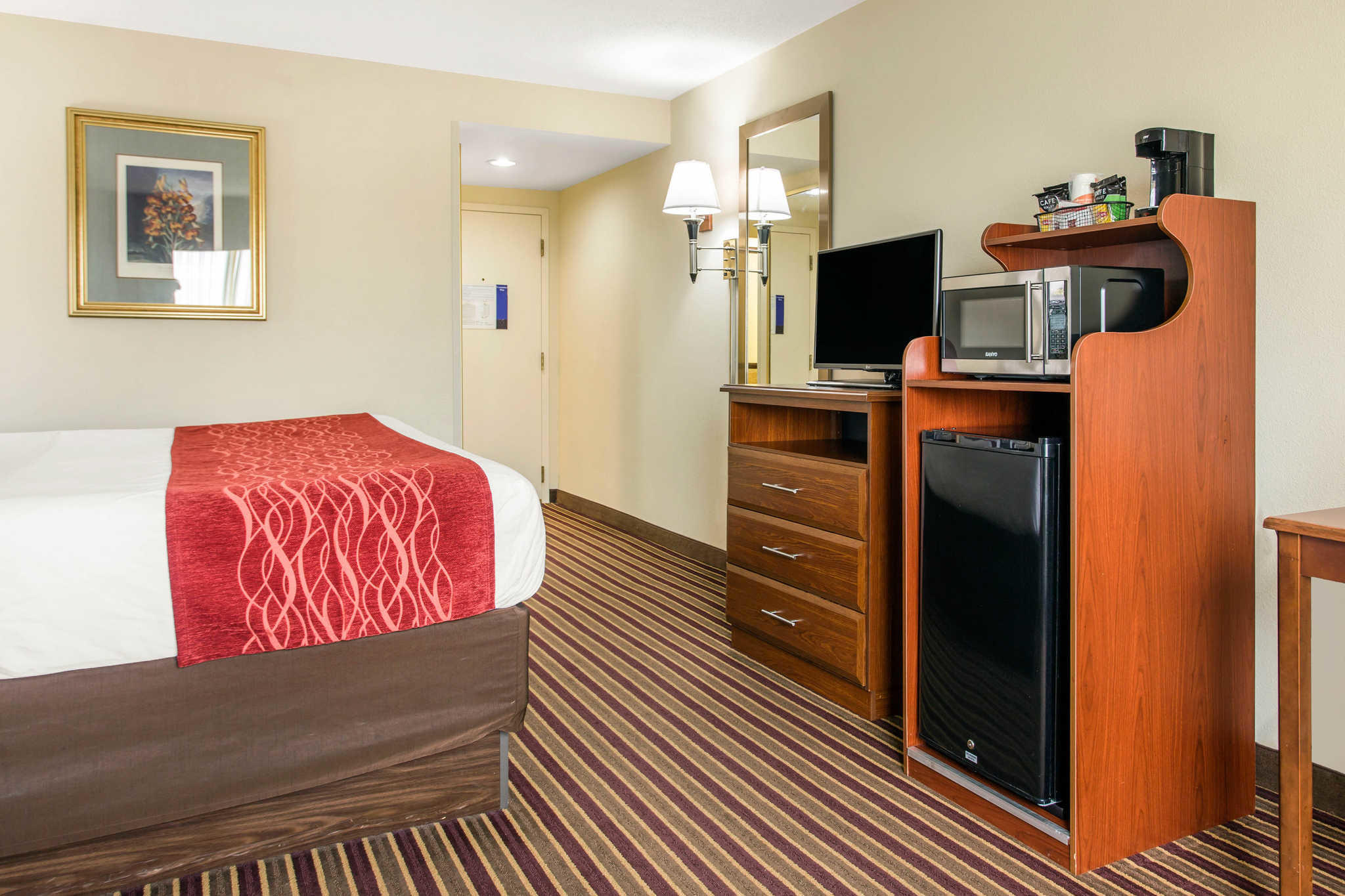 Comfort Inn & Suites Crabtree Valley image 11
