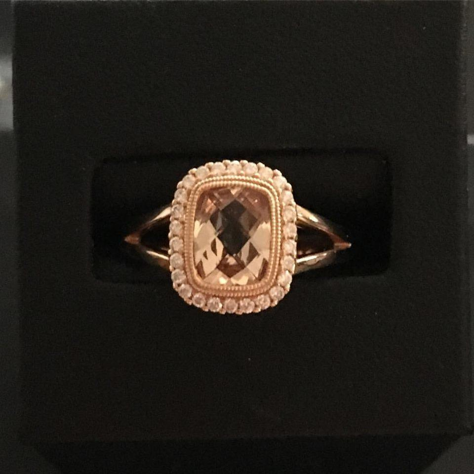 Jeweler's Bench image 6
