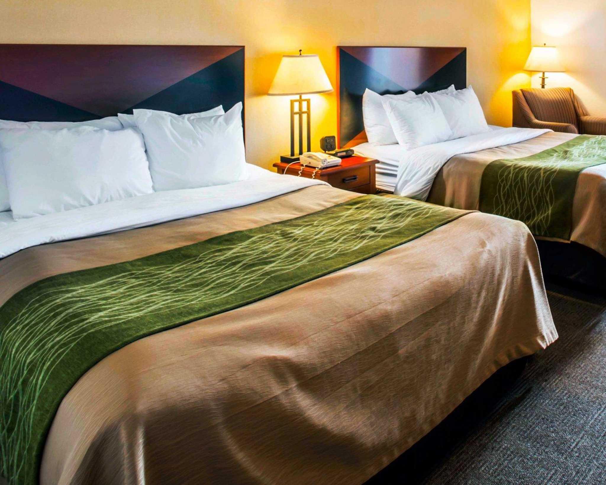 Comfort Inn & Suites Greenville I-70 image 19