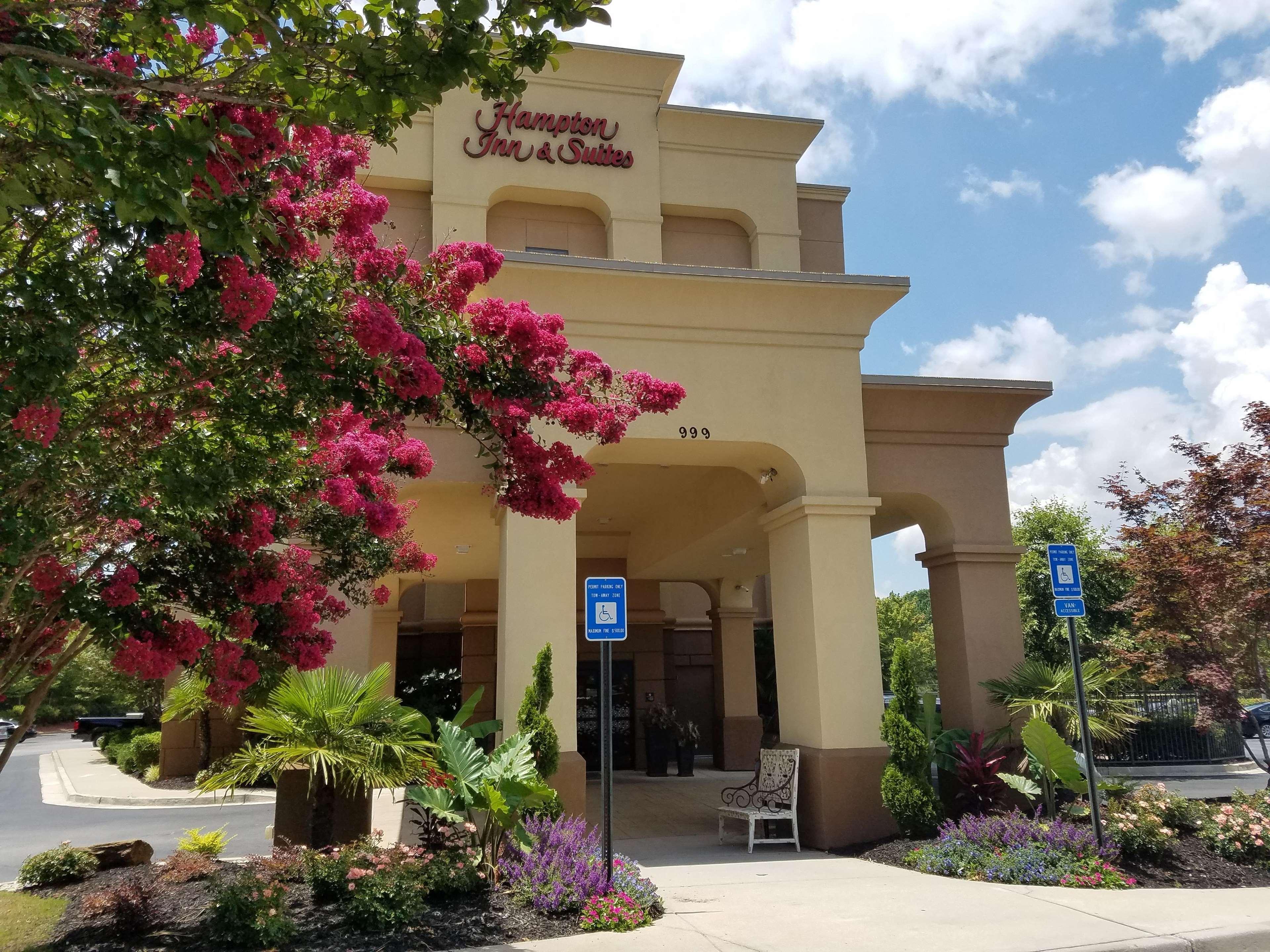 Hampton Inn & Suites ATL-Six Flags image 30