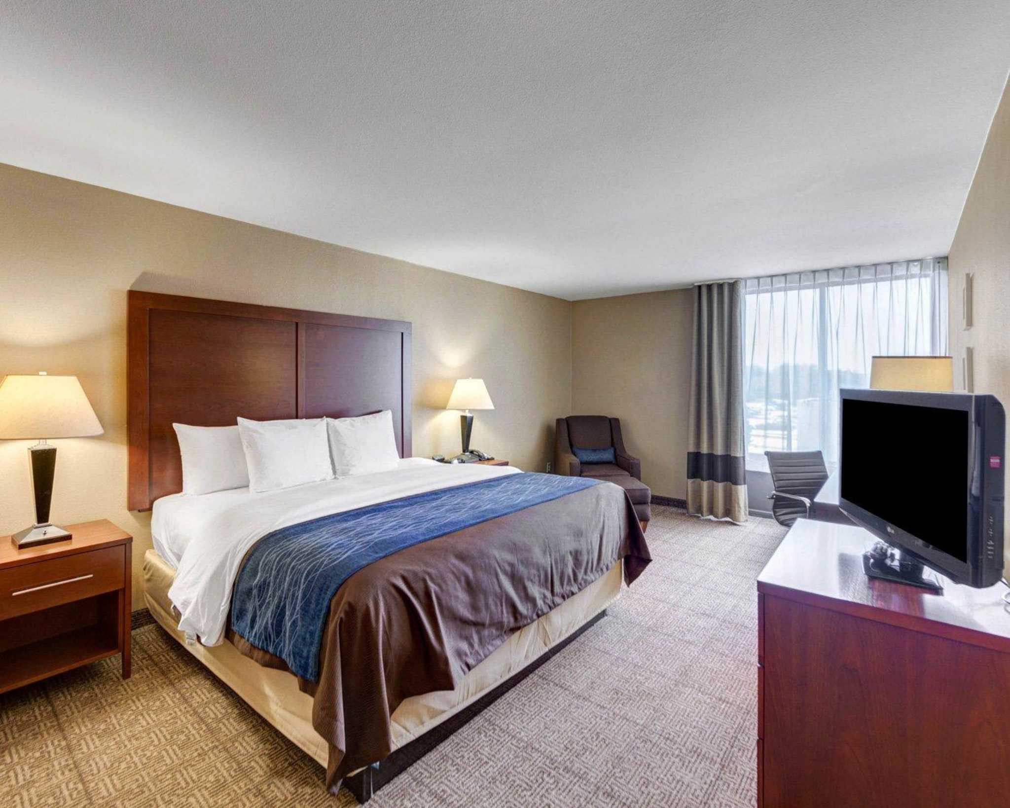 Comfort Inn & Suites Plano East image 52