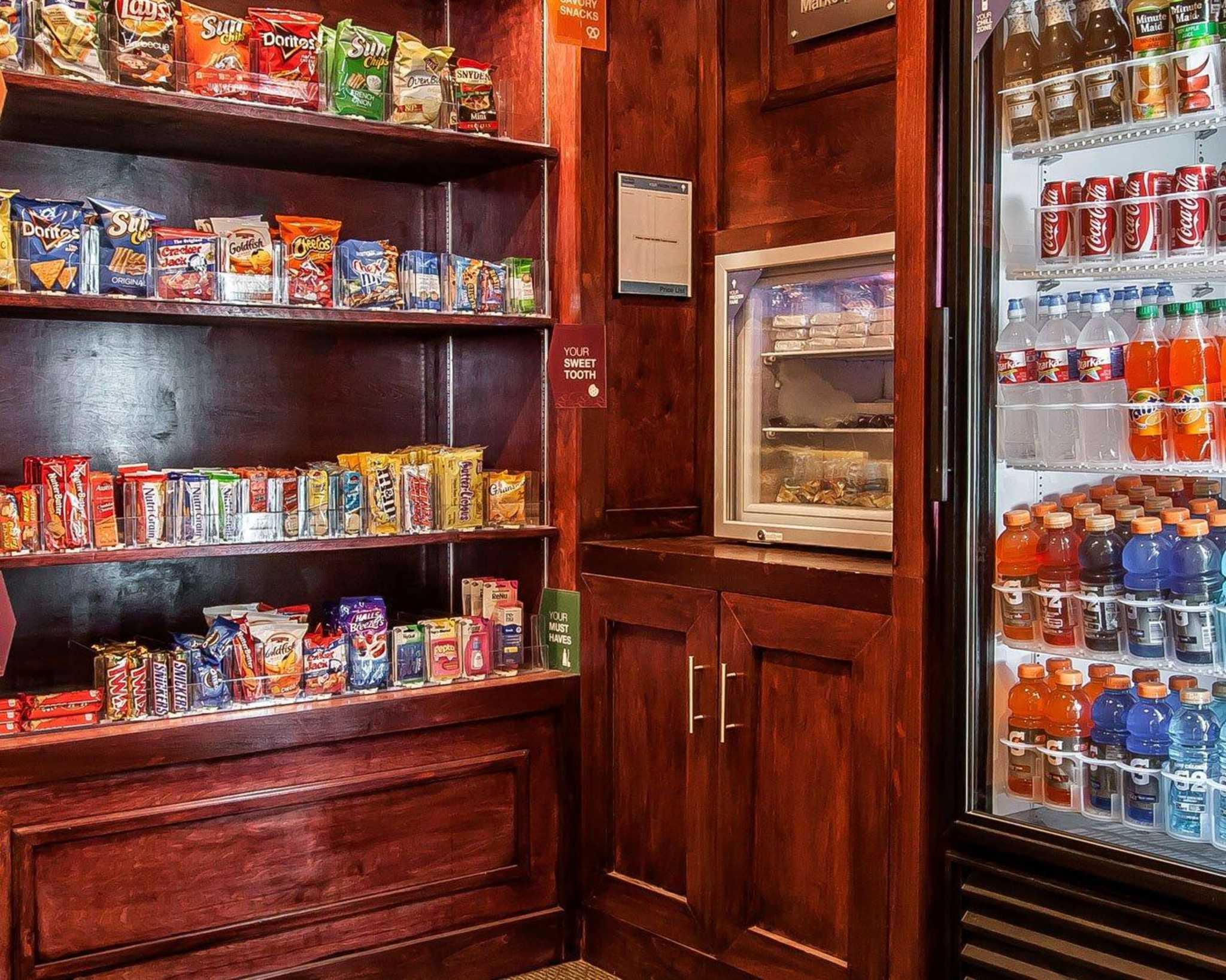 Comfort Suites Jackson-Cape Girardeau image 25