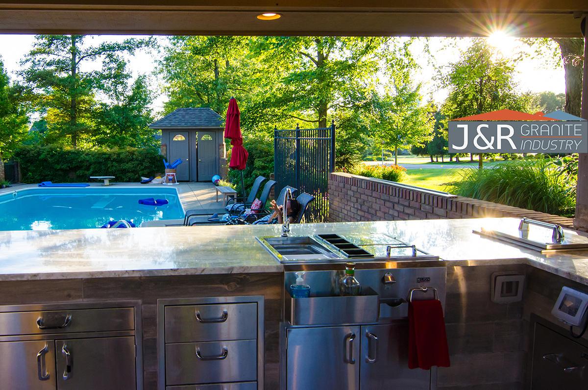 J and R Granite Industry image 0