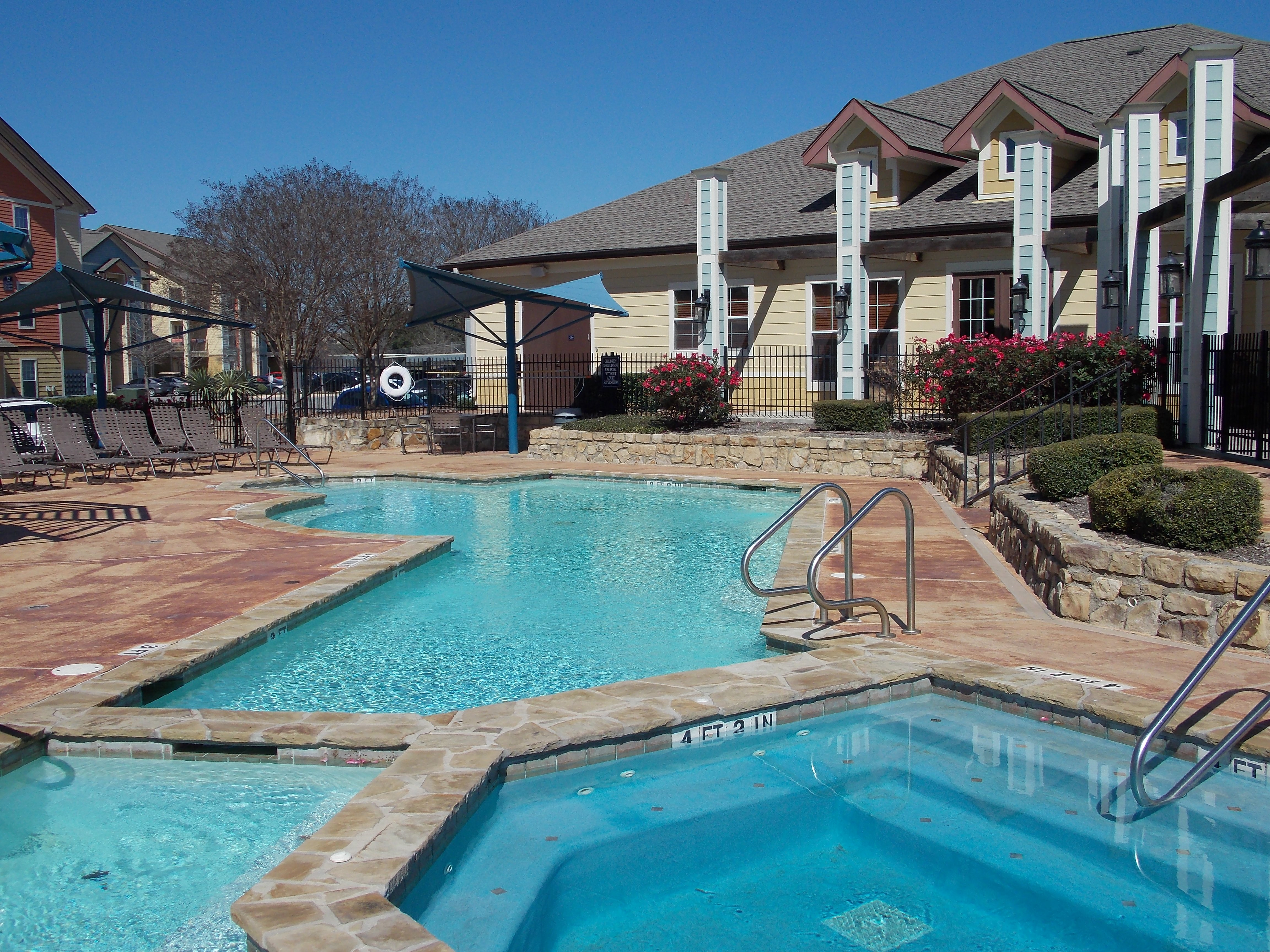 Hill Country Place Apartments image 7