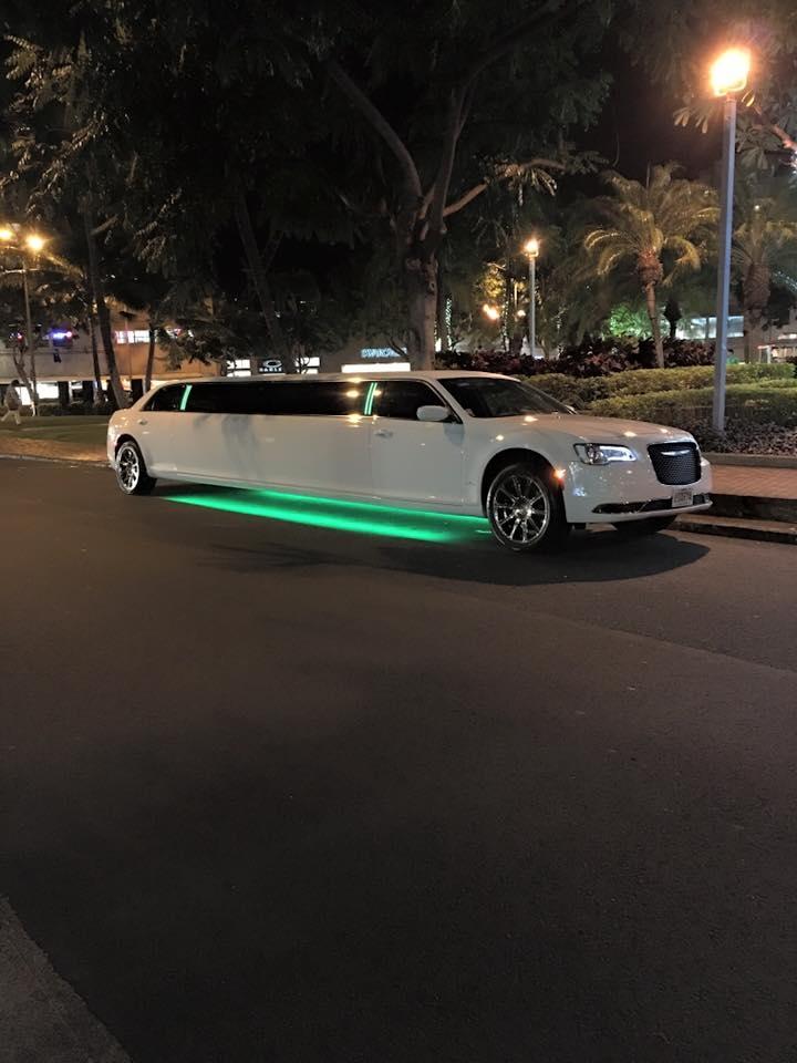Luxury Limo Hawaii image 6