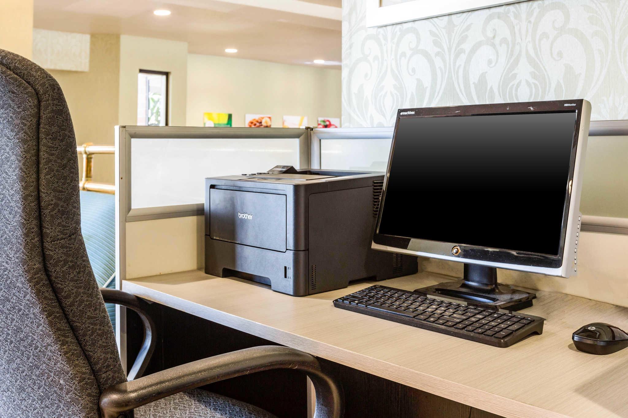 Quality Inn & Suites Irvine Spectrum image 46