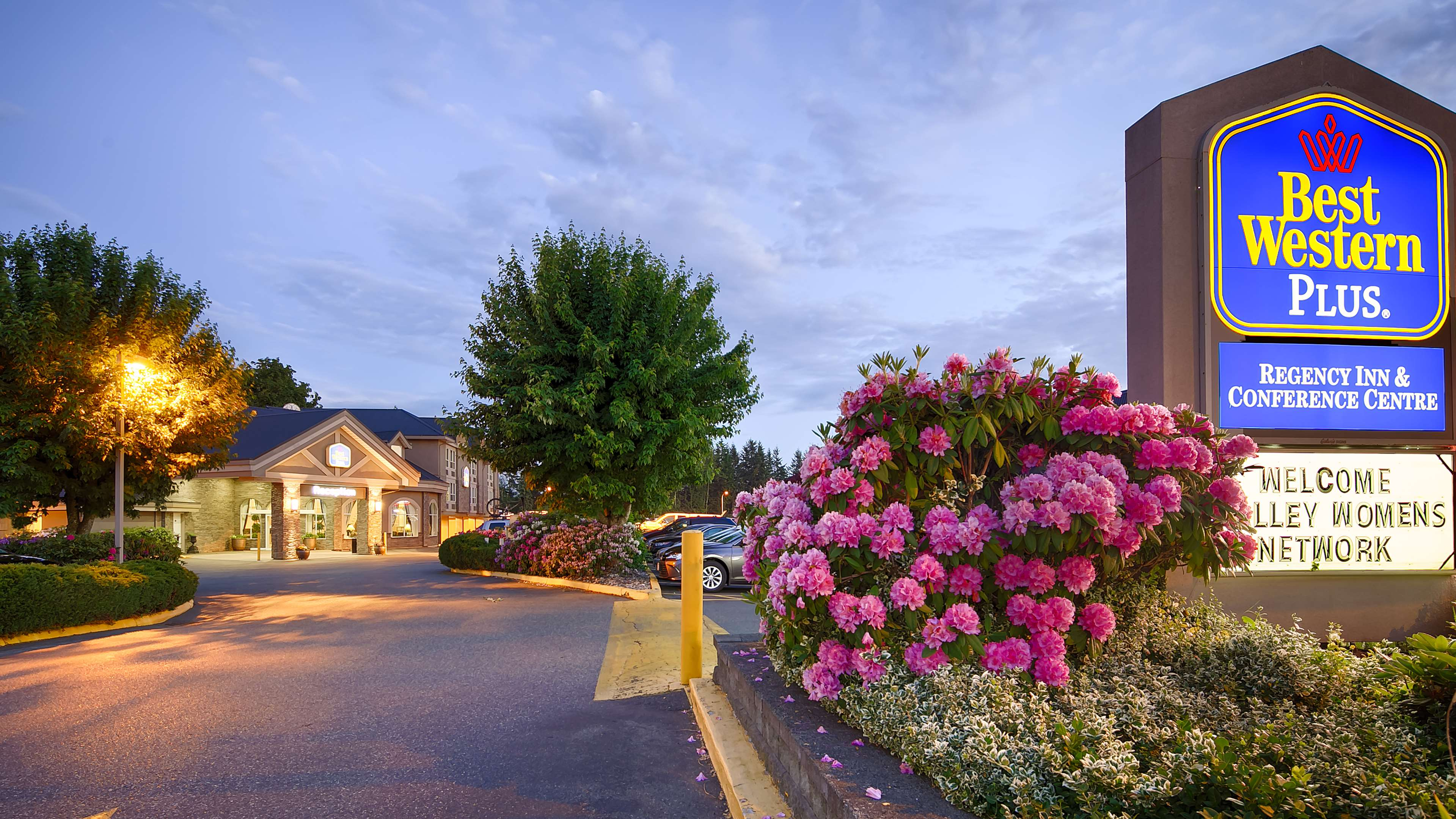 Best Western Plus Regency Inn & Conference Centre in Abbotsford: Exterior
