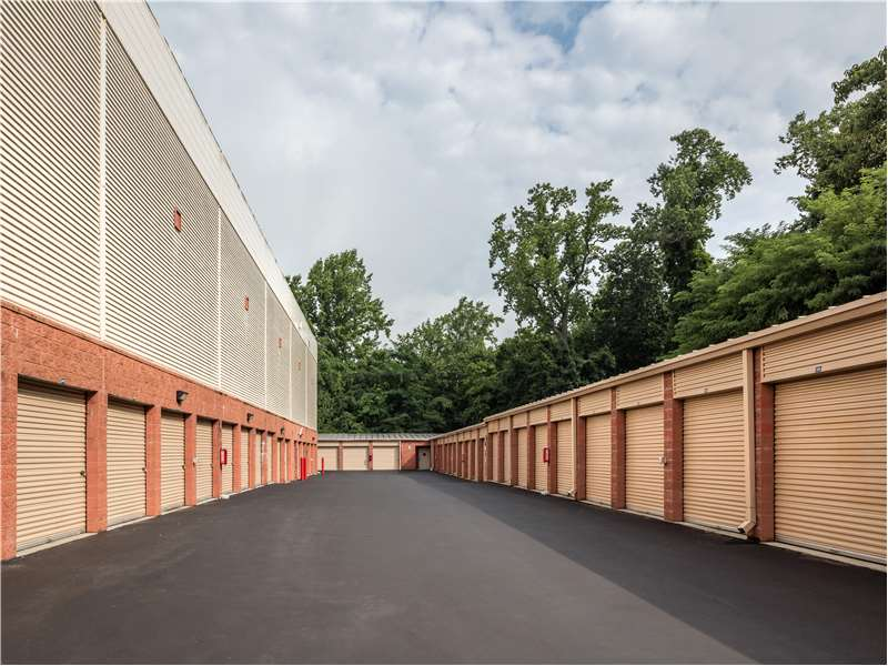 Extra Space Storage 1420 Baltimore Pike Springfield, PA Warehouses Self  Storage   MapQuest
