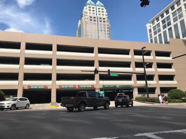 SunTrust Center Parking image 1