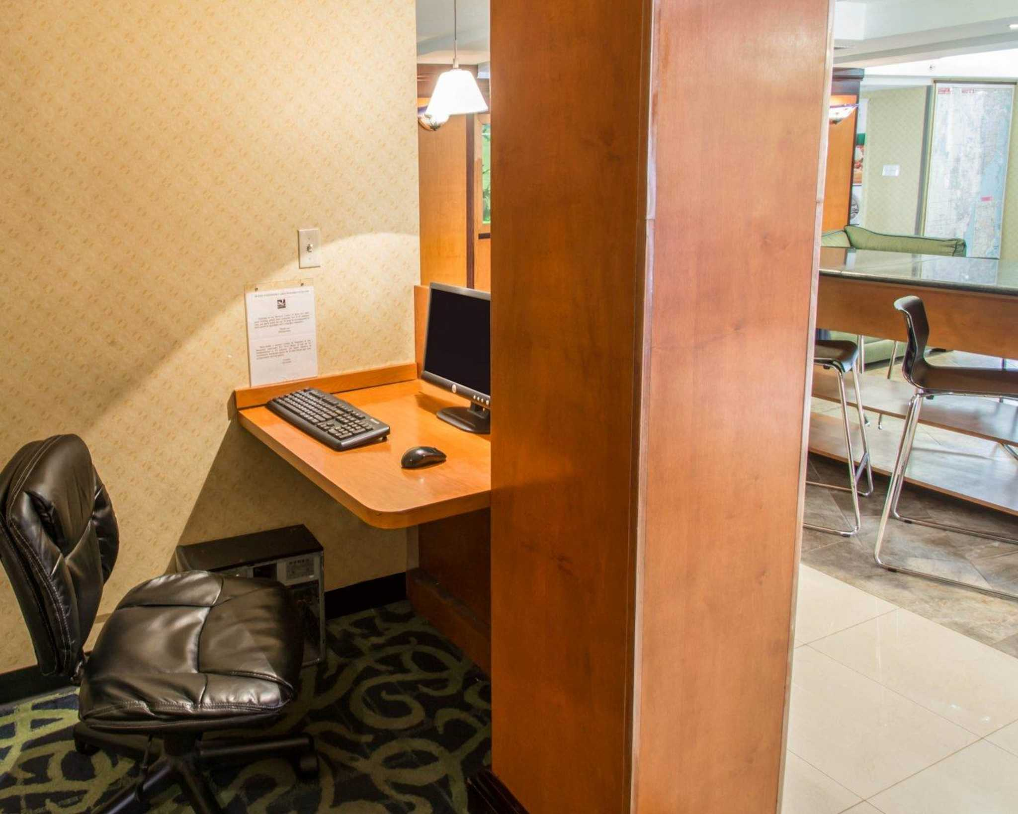 Quality Inn Miami Airport image 26