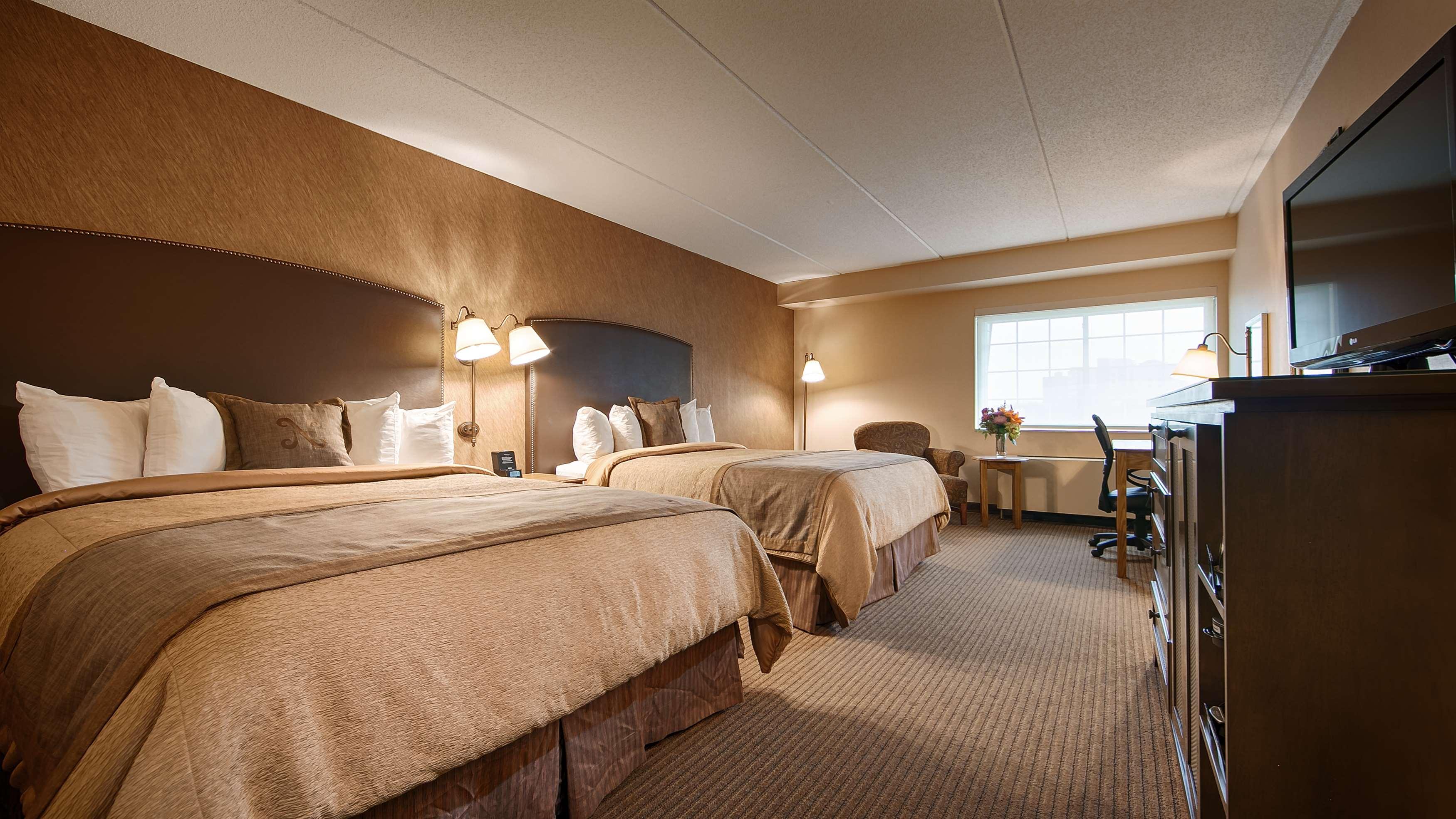 Best Western Plus The Normandy Inn & Suites image 8