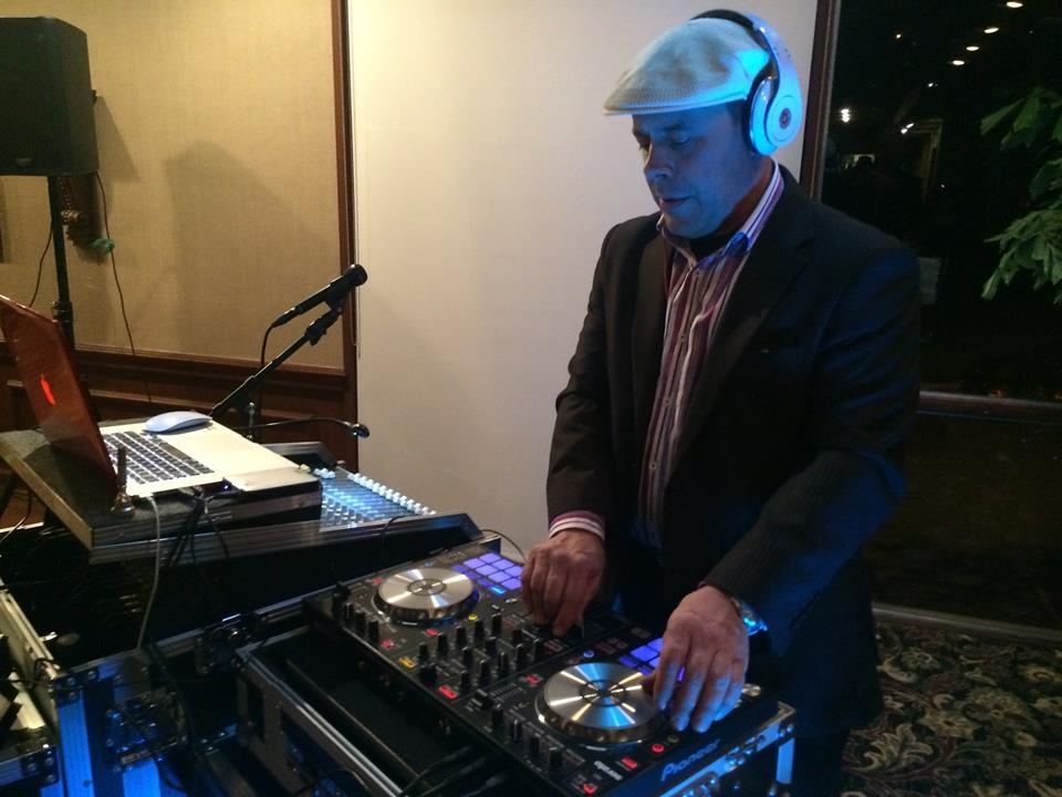 A Karaoke DJ Rental image 6