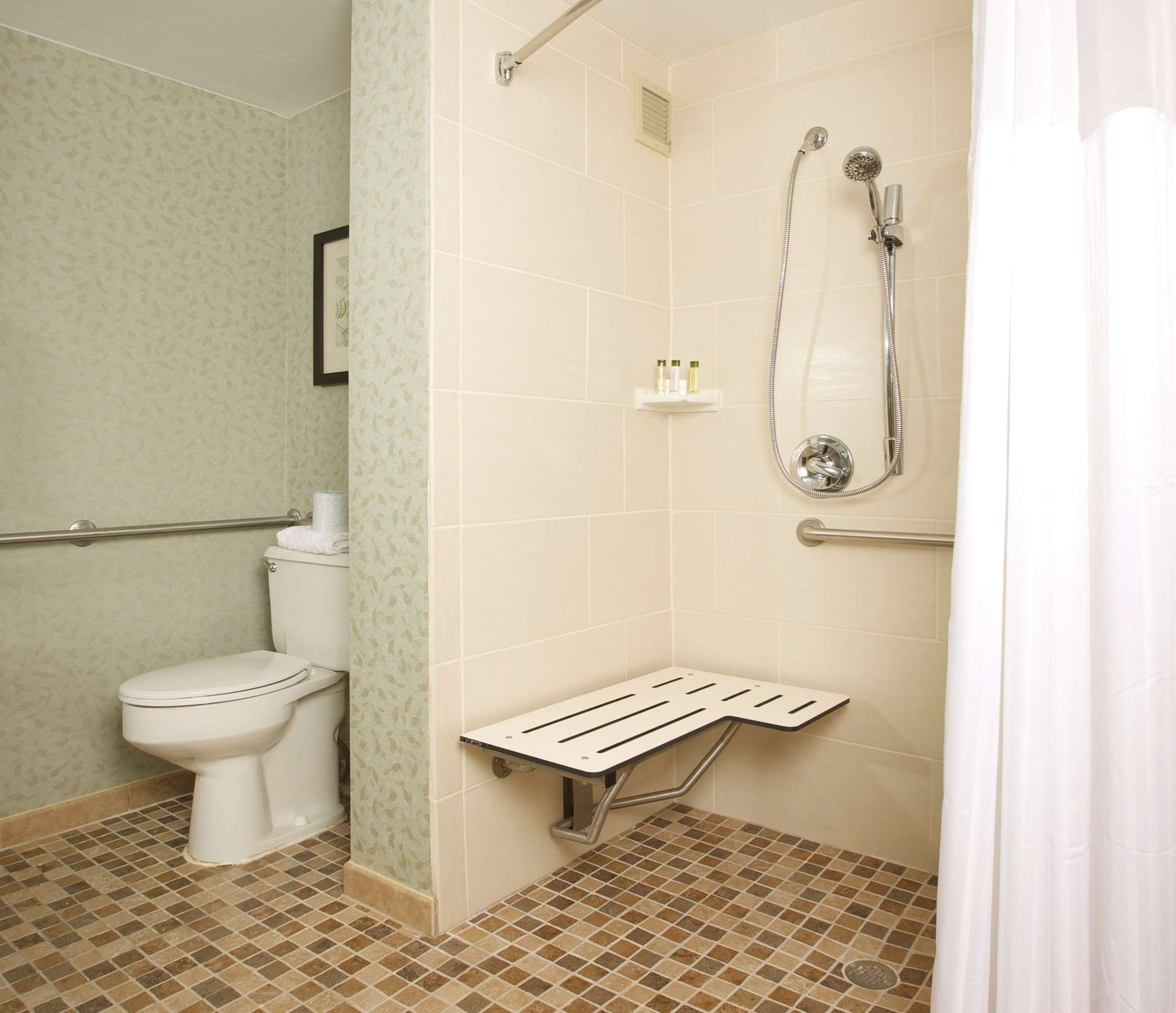 DoubleTree Suites by Hilton Hotel Raleigh - Durham image 13