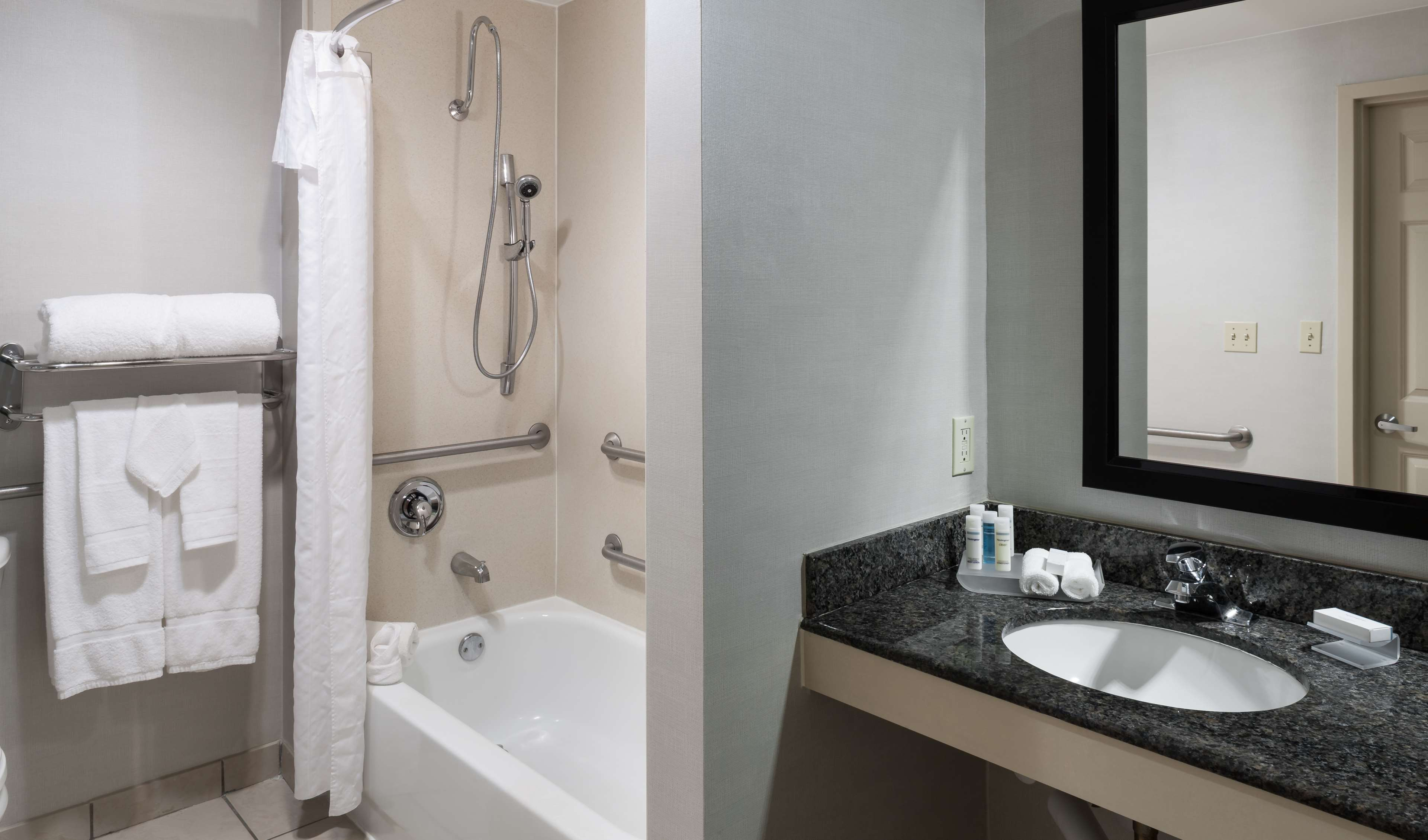 Homewood Suites by Hilton Miami-Airport/Blue Lagoon image 20