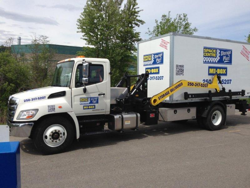 Space Centre Self Storage in Kelowna: Mobile Storage Bins
