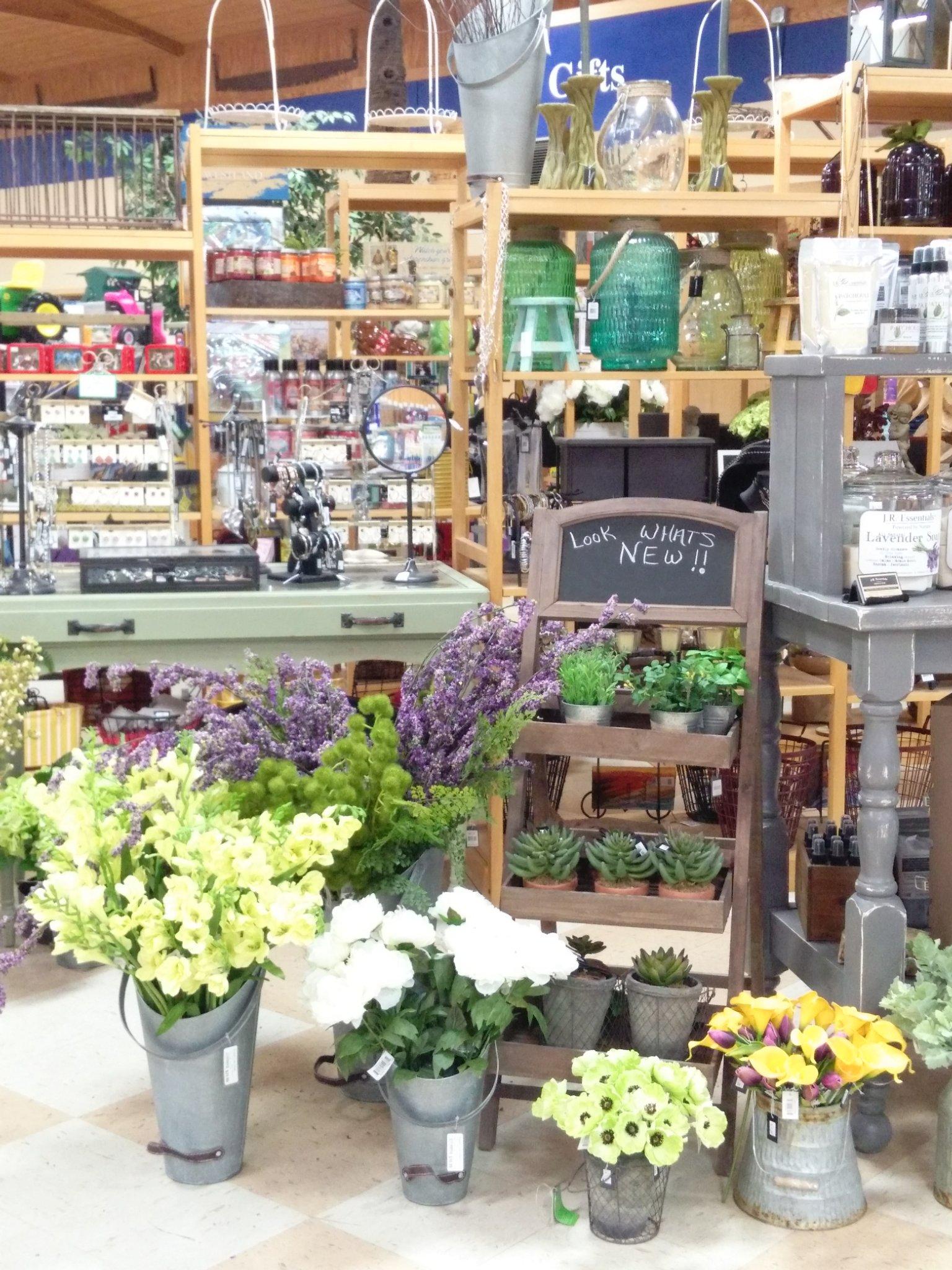 Mize Farm & Garden Supply image 0