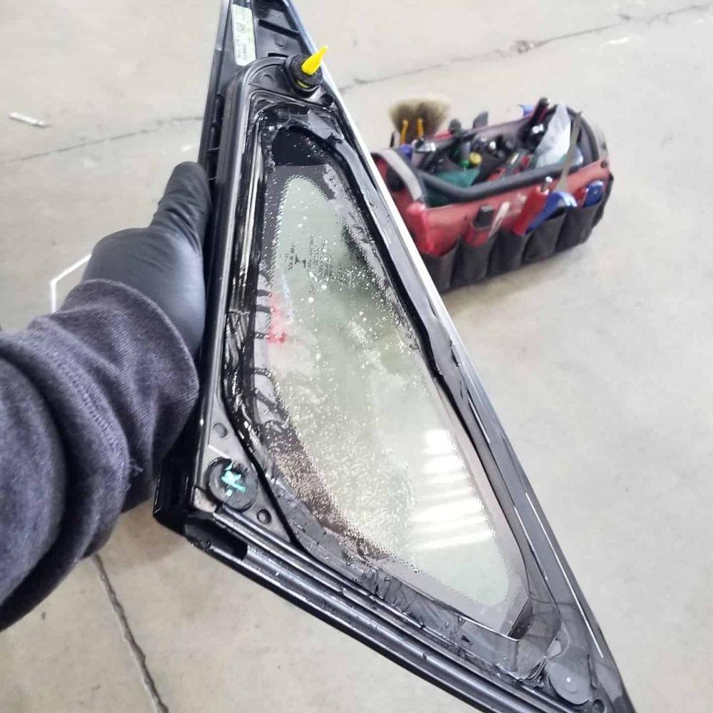Superior Auto Glass, Mobile Glass Shop