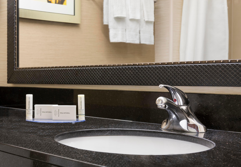 Fairfield Inn & Suites by Marriott Minneapolis-St. Paul Airport image 12