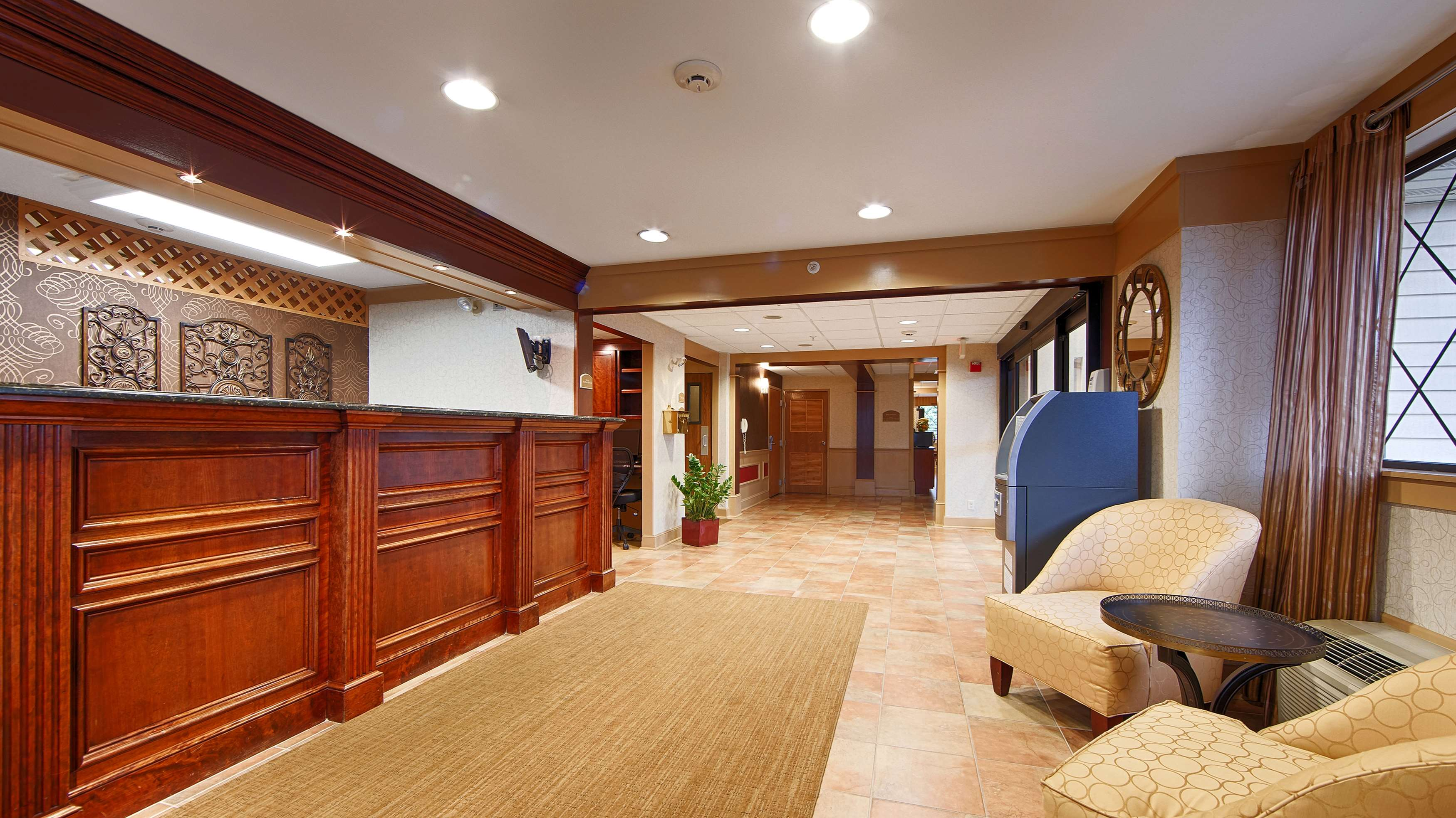 Best Western Plus The Inn at Sharon/Foxboro image 2