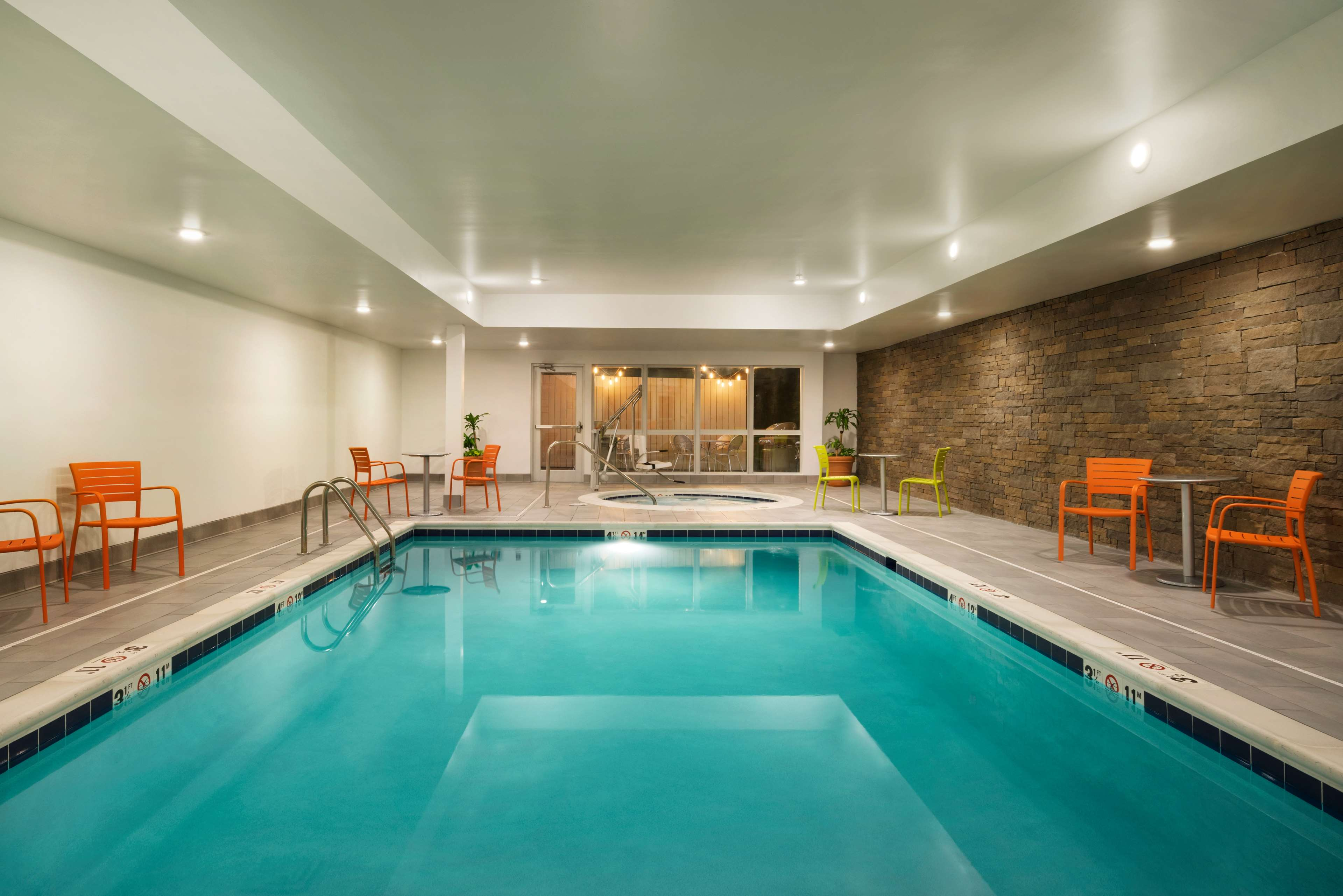 Home2 Suites by Hilton Roanoke image 9