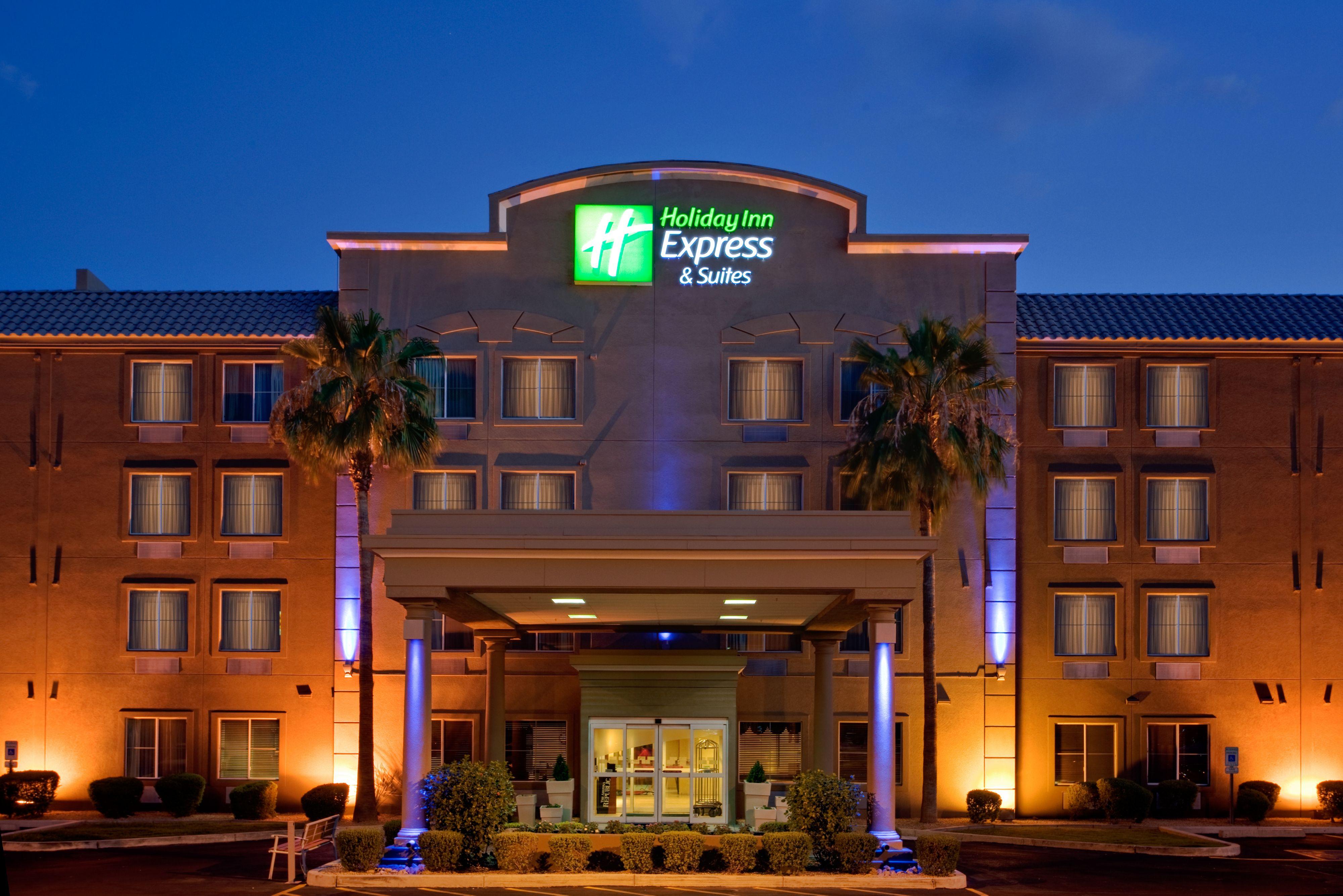 Holiday Inn Express & Suites Pensacola W I-10 image 5
