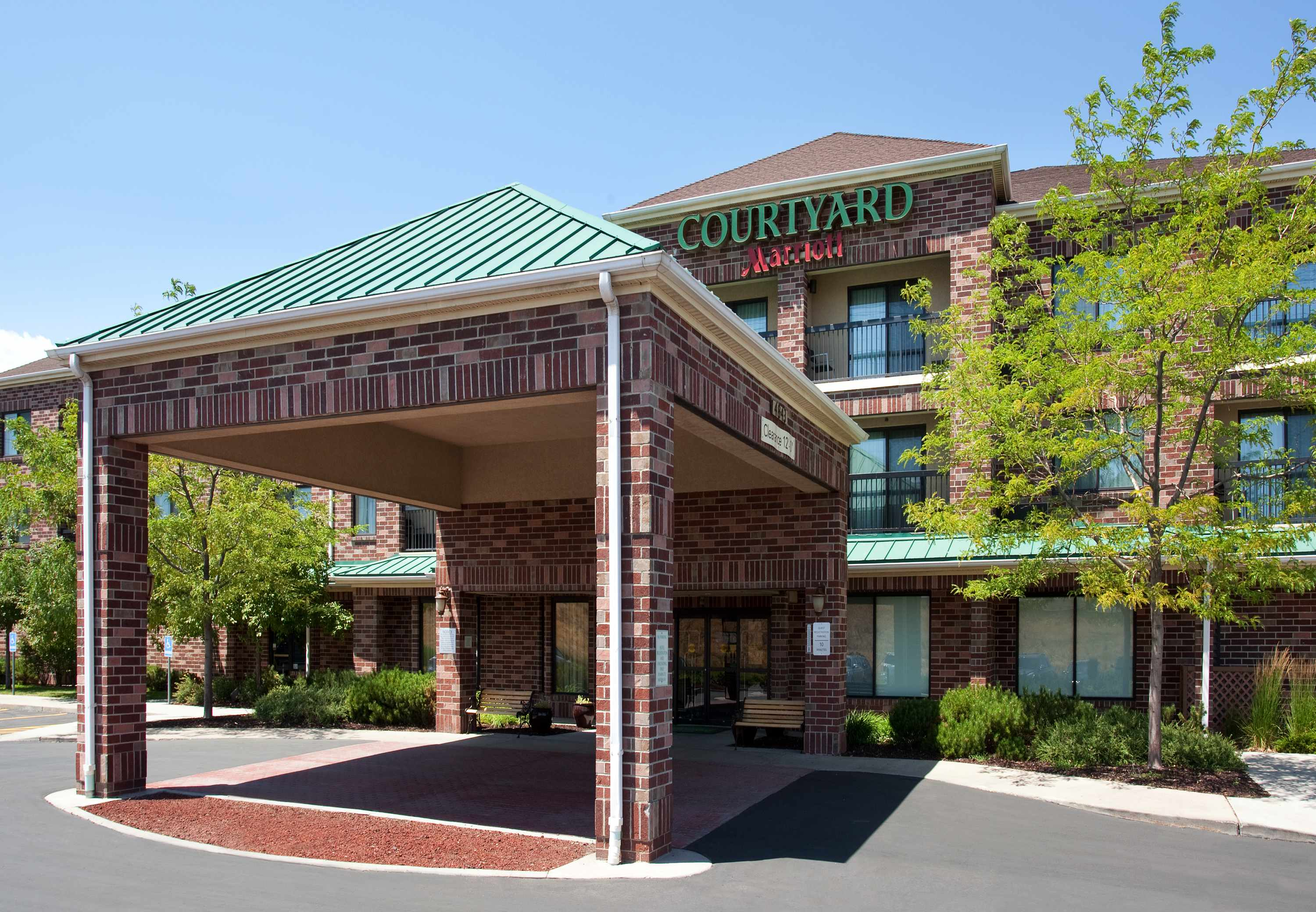 Courtyard by Marriott Salt Lake City Airport image 17