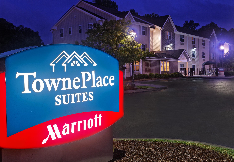 TownePlace Suites by Marriott Savannah Midtown image 1