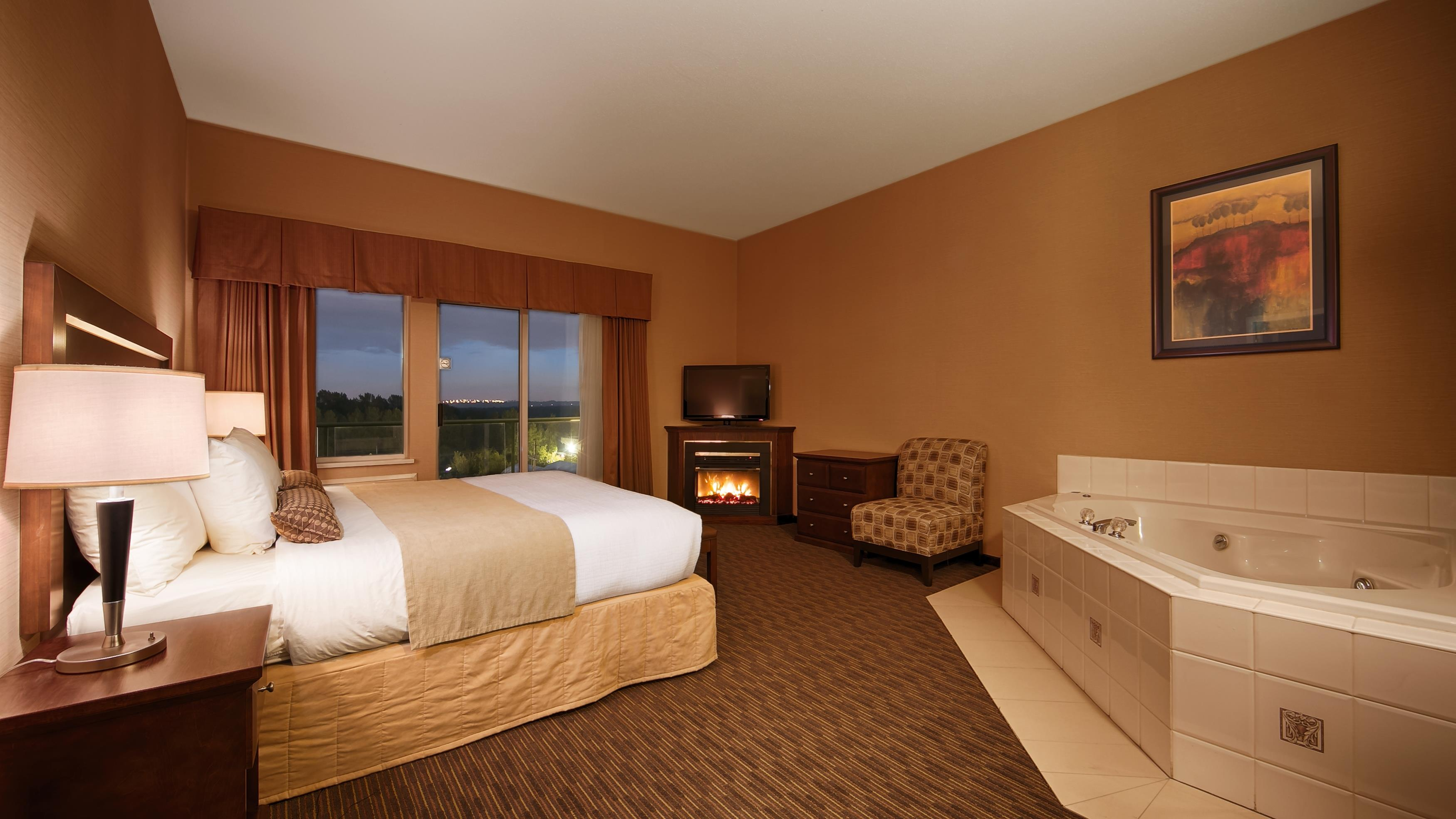 Best Western Plus Mission City Lodge in Mission: Jacuzzi® Suite
