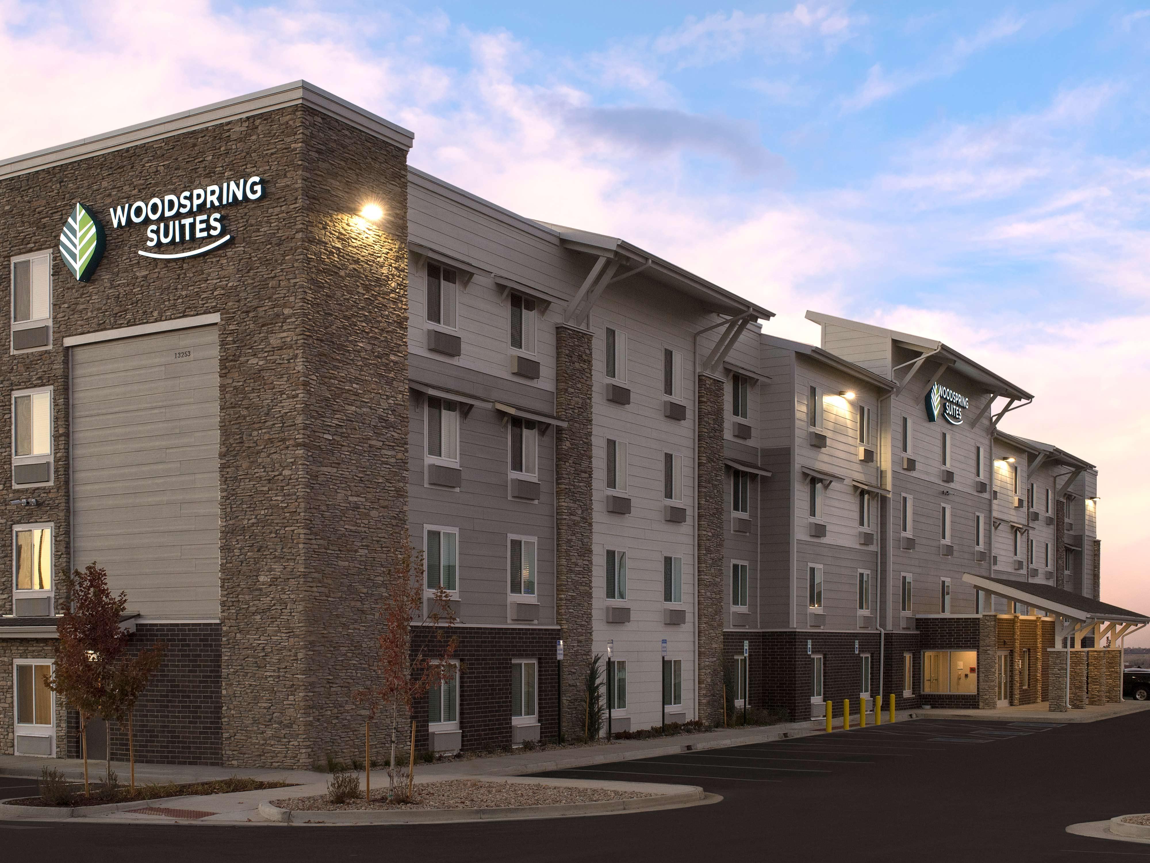 WoodSpring Suites Denver Centennial image 20
