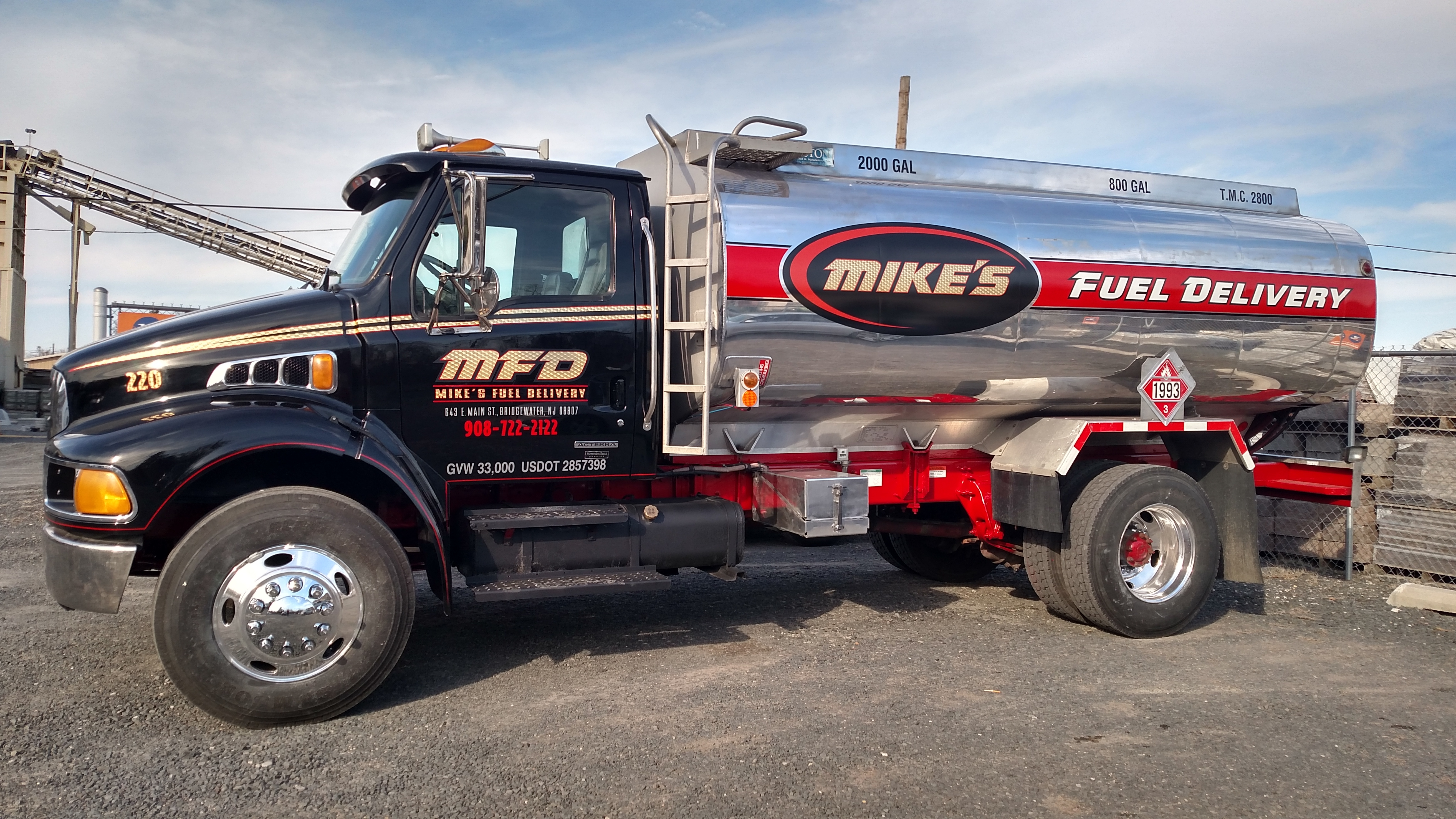 Mike's Towing & Recovery image 5