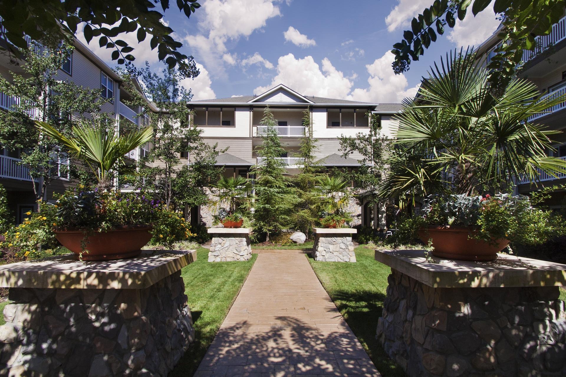Camden Manor Park Apartments image 16