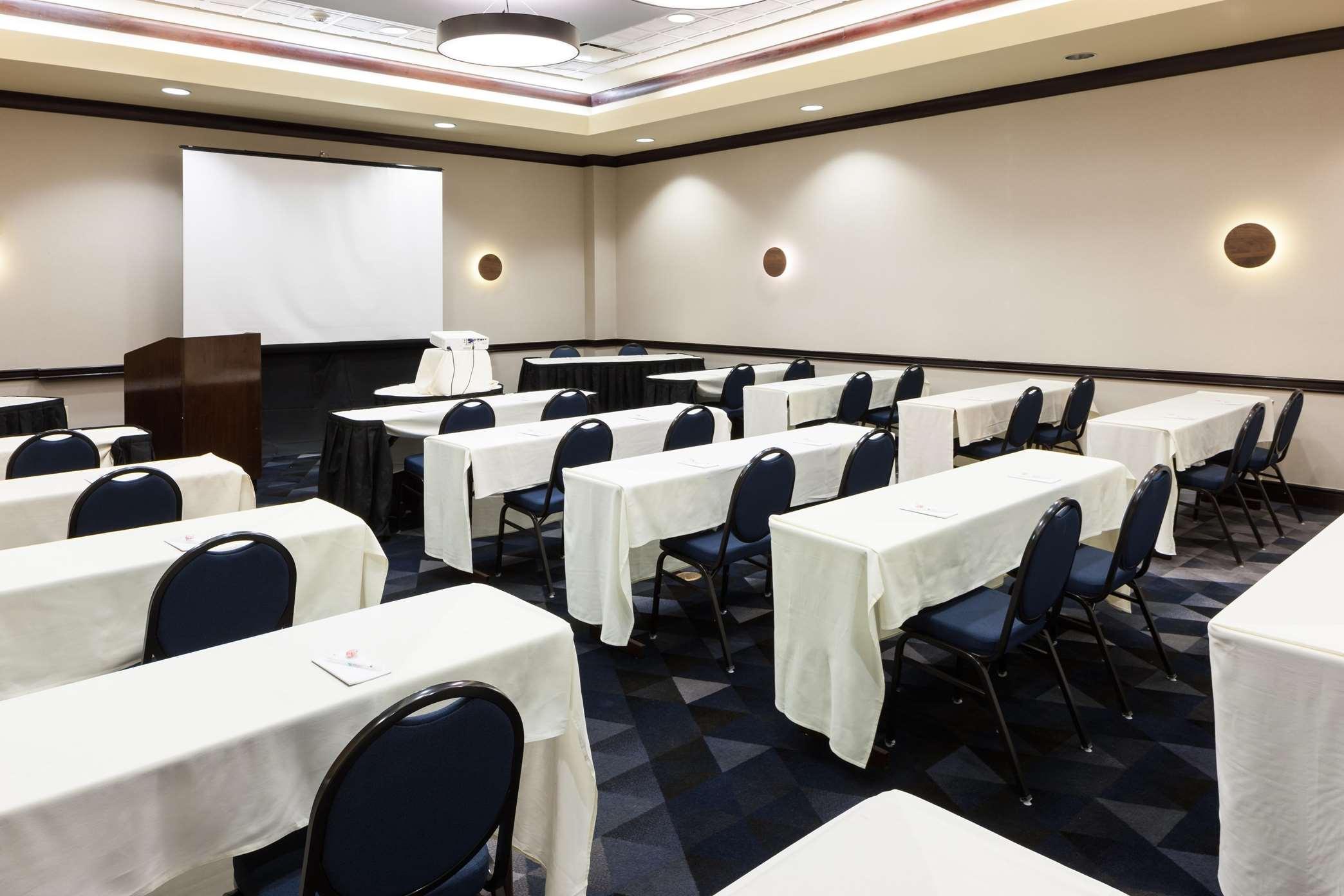 Embassy Suites by Hilton Tampa Brandon image 9