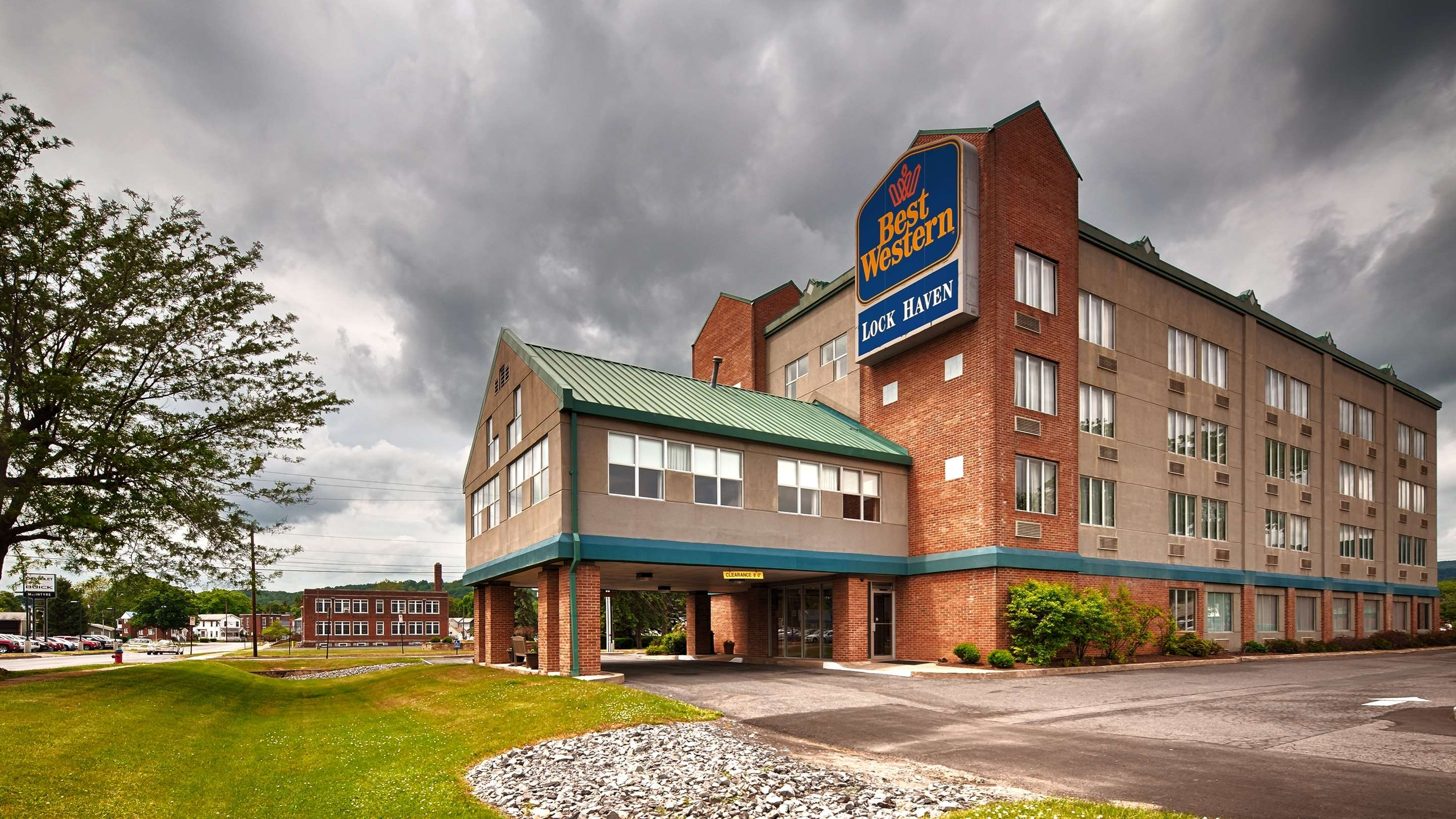 Best Western Lock Haven image 0