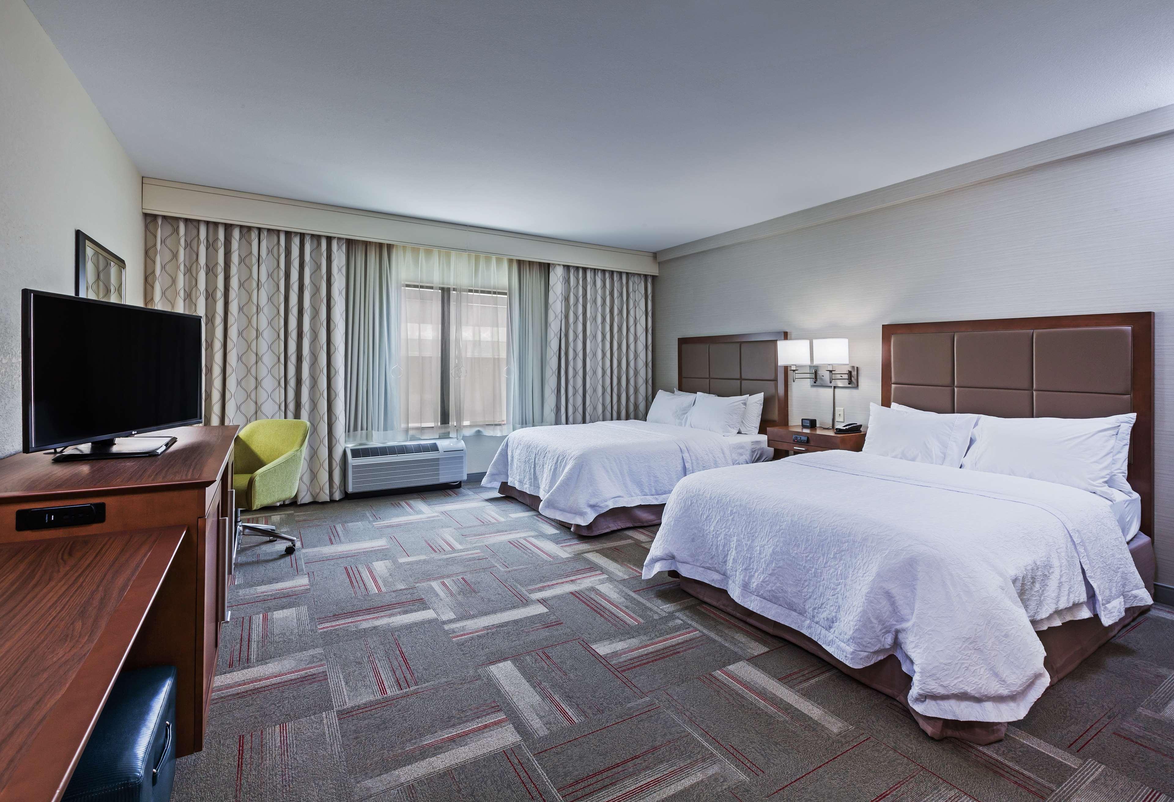 Hampton Inn & Suites Claremore image 22