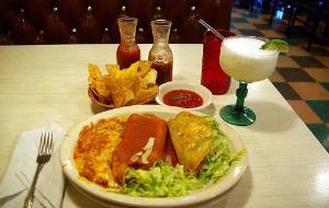 Los Reyes Mexican Restaurant image 2
